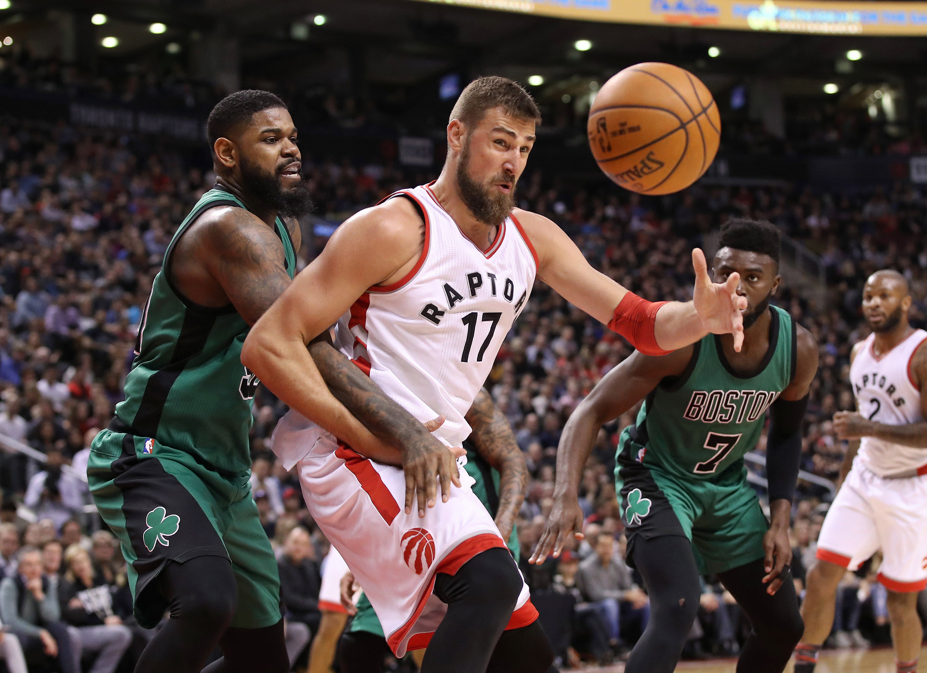 9930348-nba-boston-celtics-at-toronto-raptors