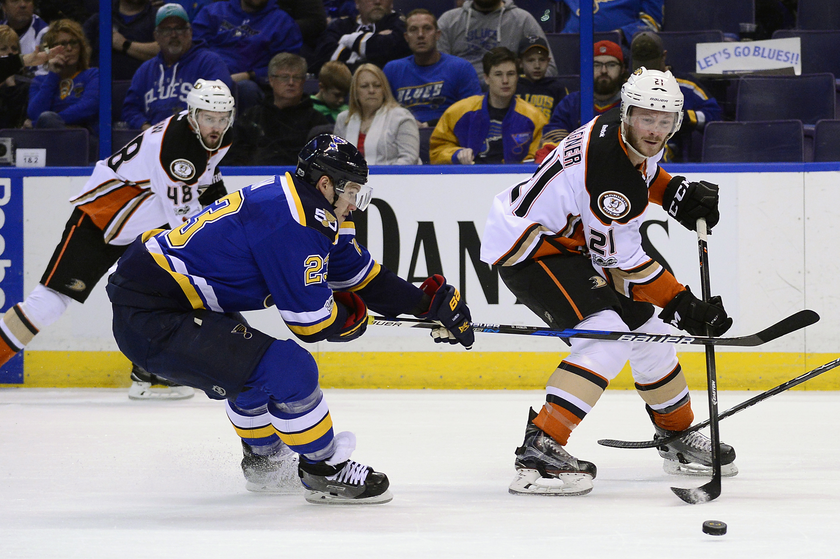 9932131-nhl-anaheim-ducks-at-st.-louis-blues
