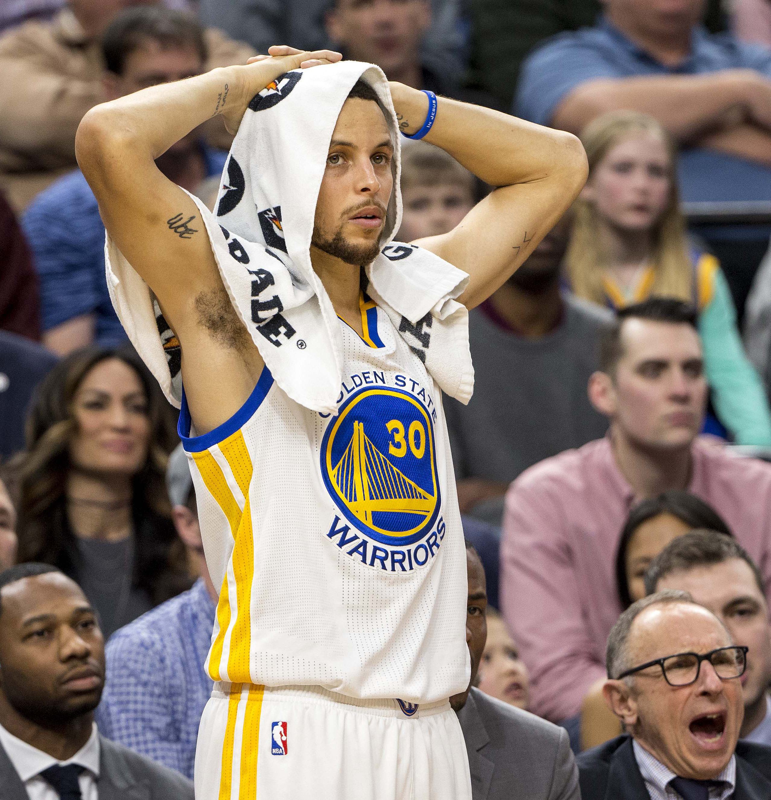 Steph Curry's Shooting Woes Becoming An Issue For The Warriors