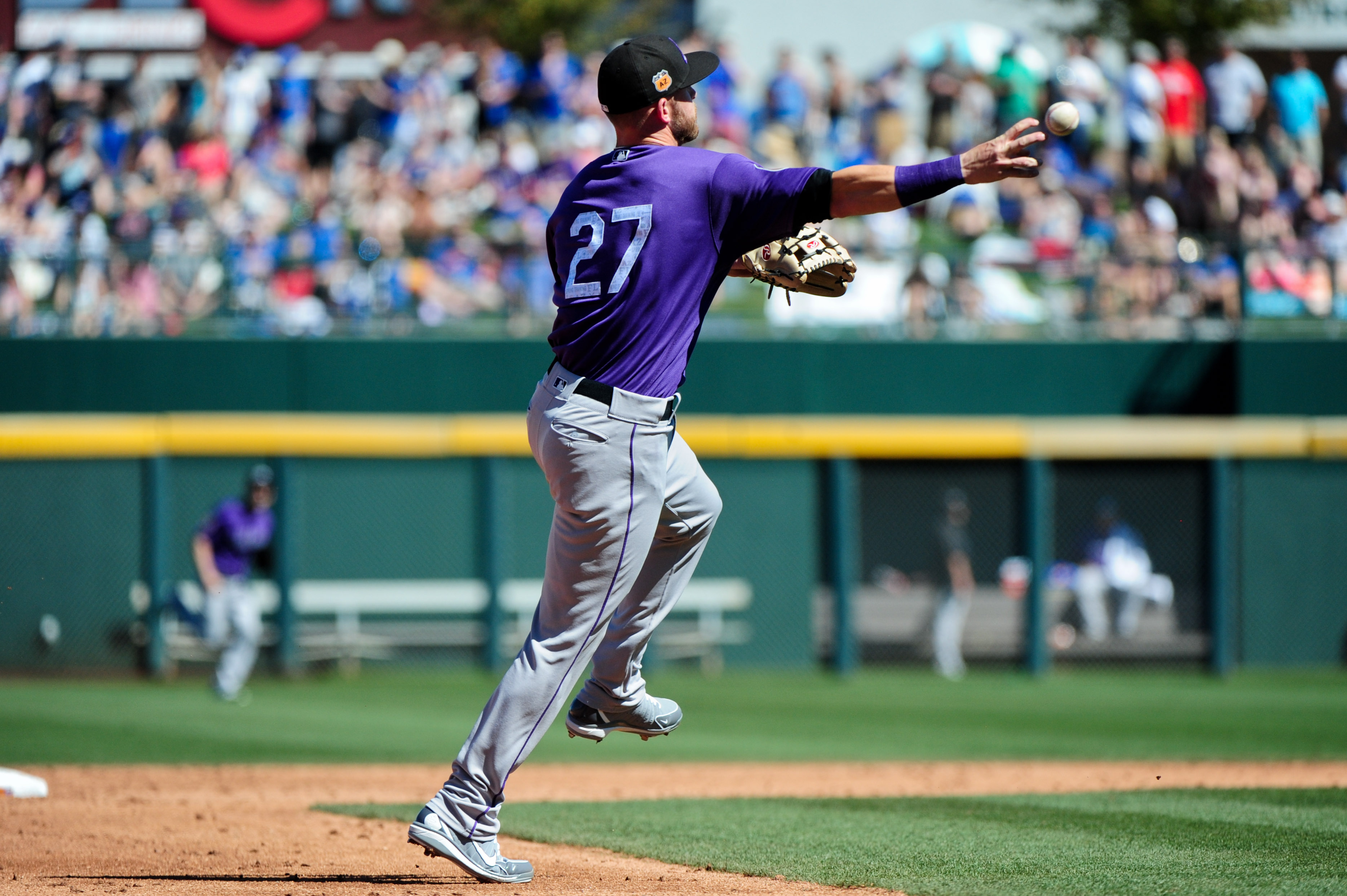 9934332-mlb-spring-training-colorado-rockies-at-chicago-cubs