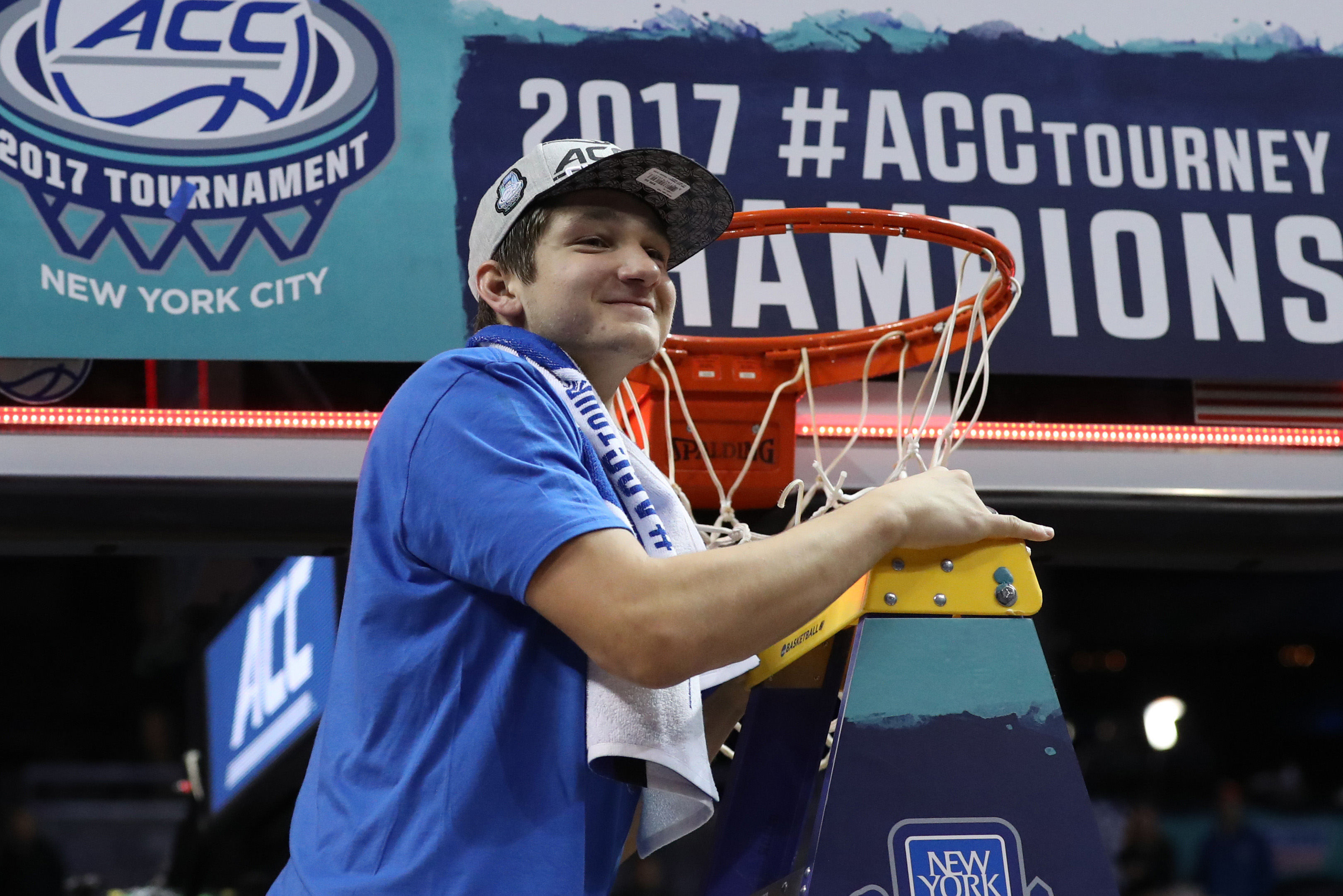 9935779-ncaa-basketball-acc-conference-tournament-final-notre-dame-vs-duke
