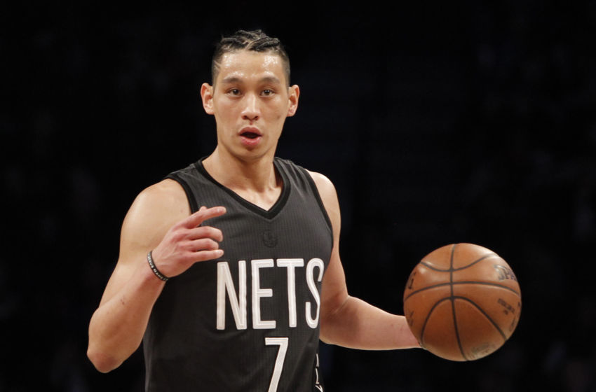 Jeremy Lin Carves Up Thunder Defense On Crazy Layup Video