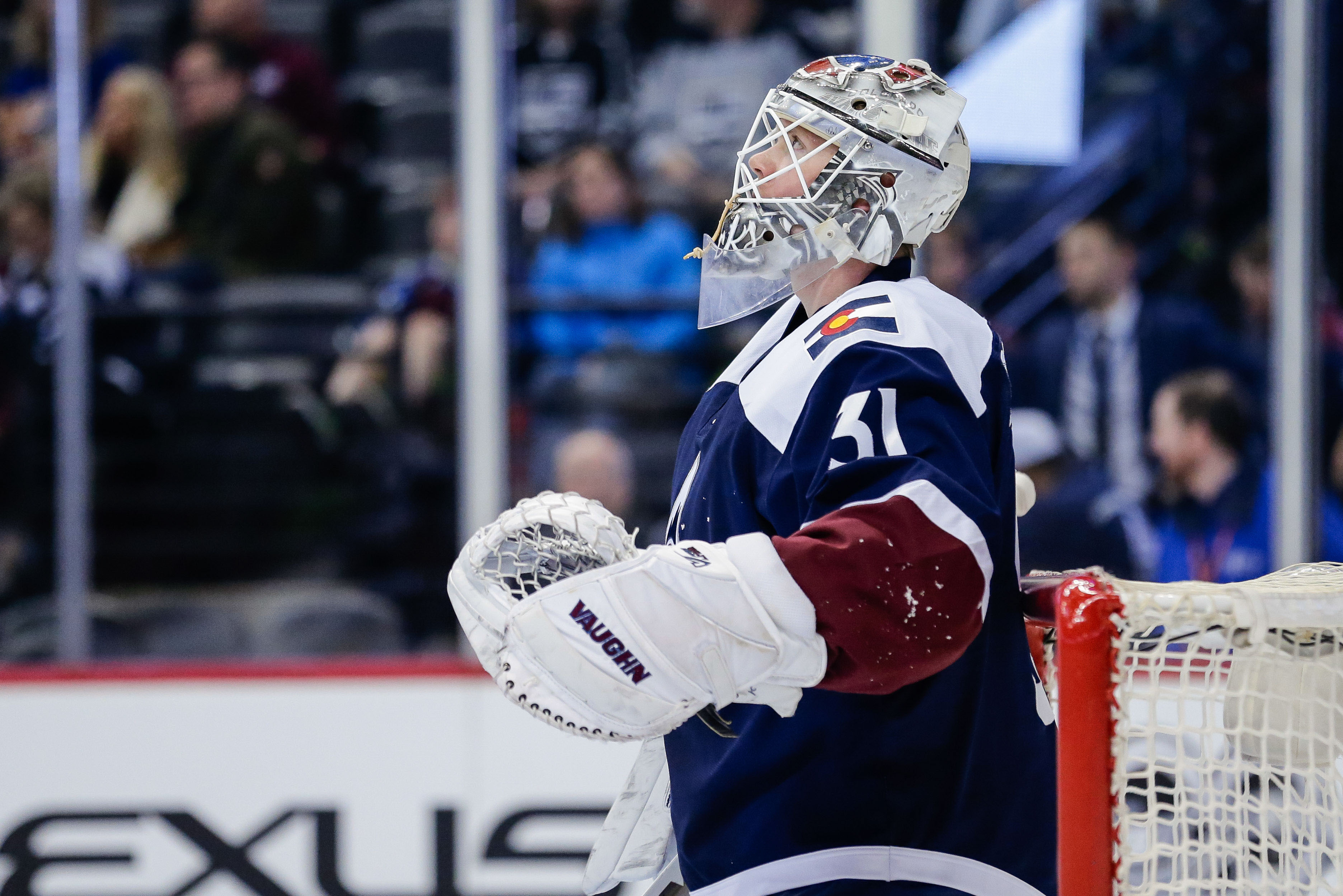 9939459-nhl-los-angeles-kings-at-colorado-avalanche