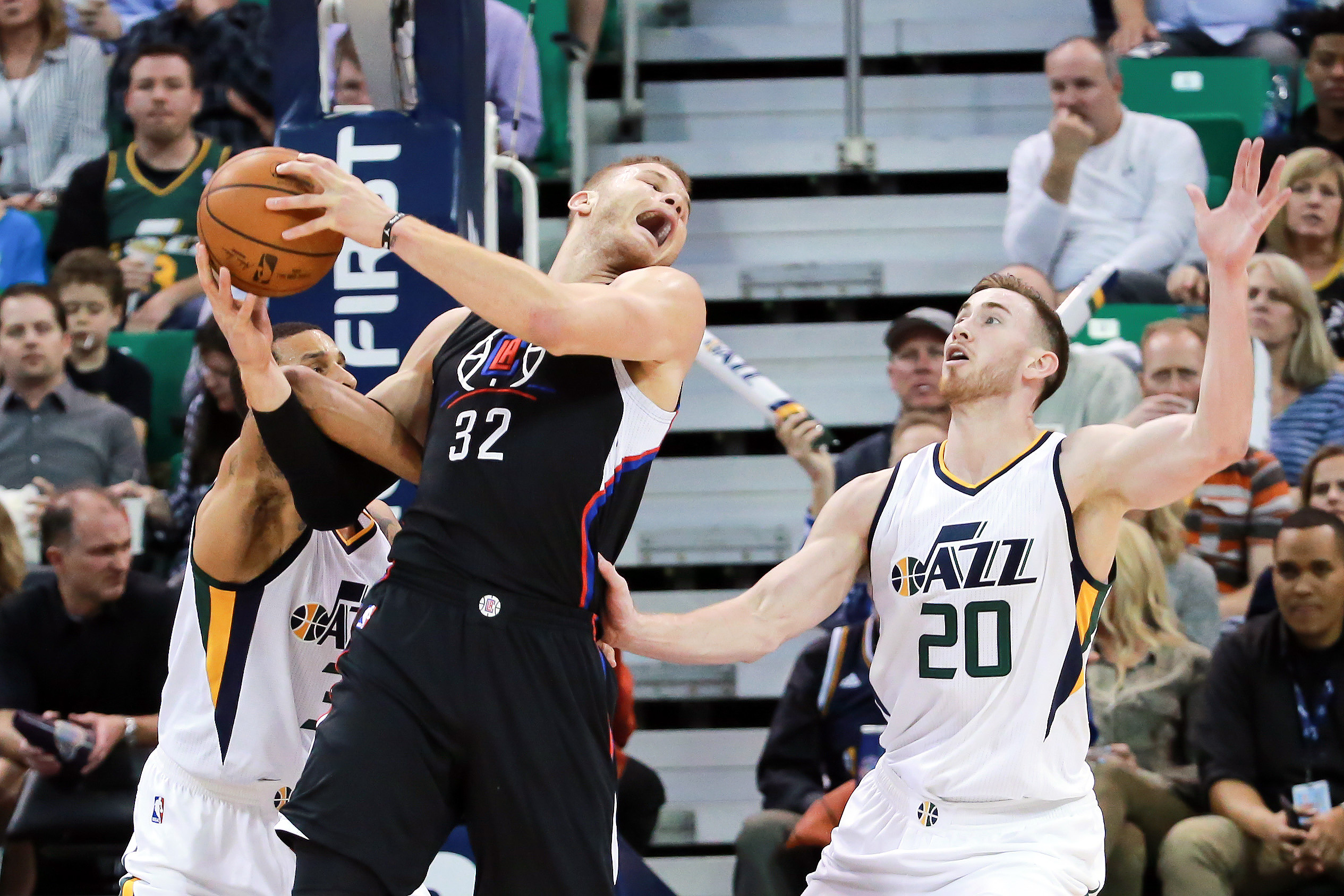 9941010-nba-los-angeles-clippers-at-utah-jazz