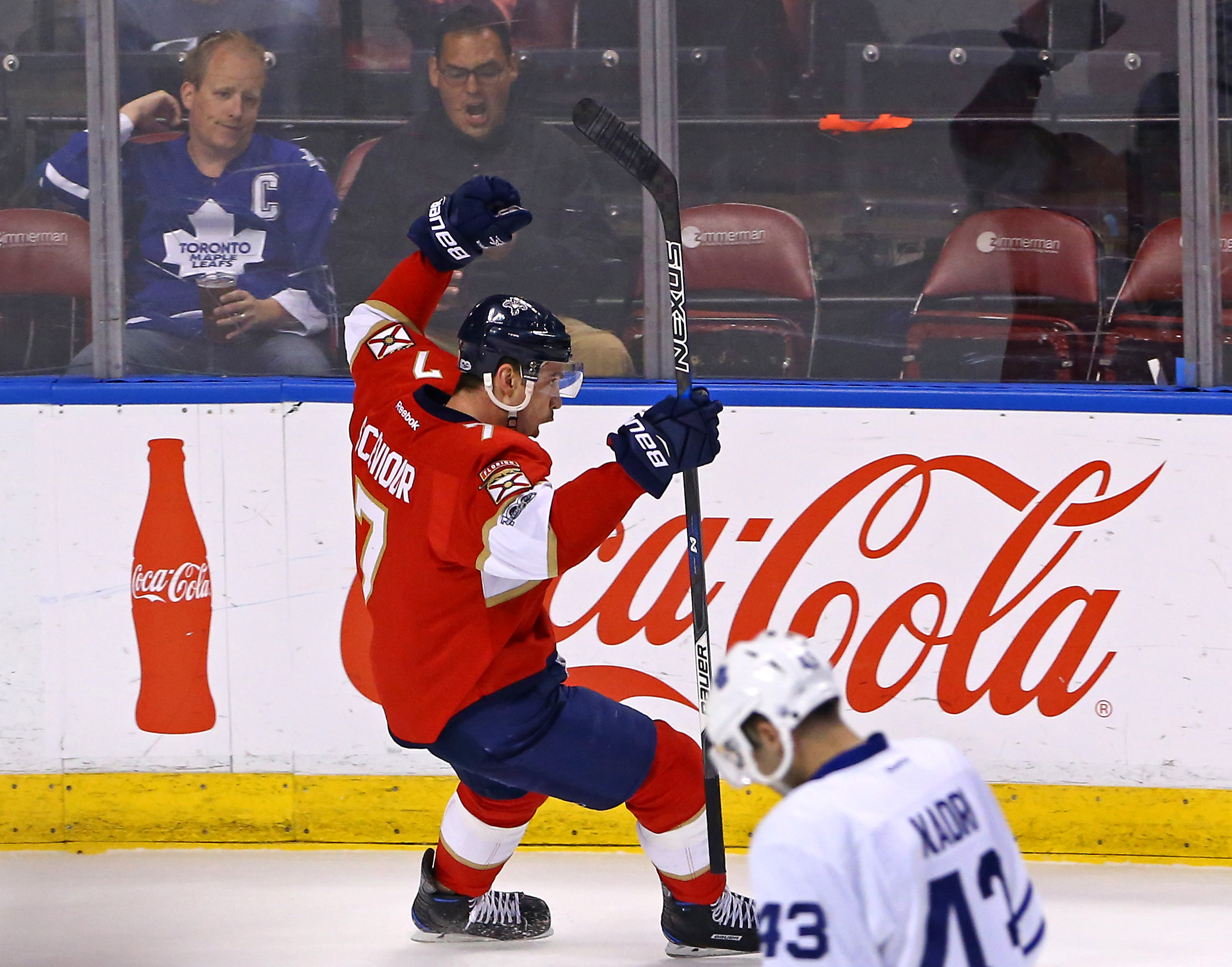 9942836-nhl-toronto-maple-leafs-at-florida-panthers