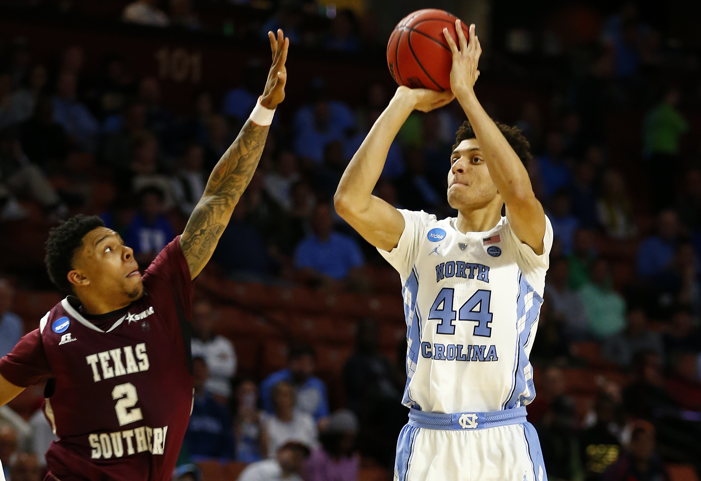 9950717-ncaa-basketball-ncaa-tournament-first-round-north-carolina-vs-texas-southern-1