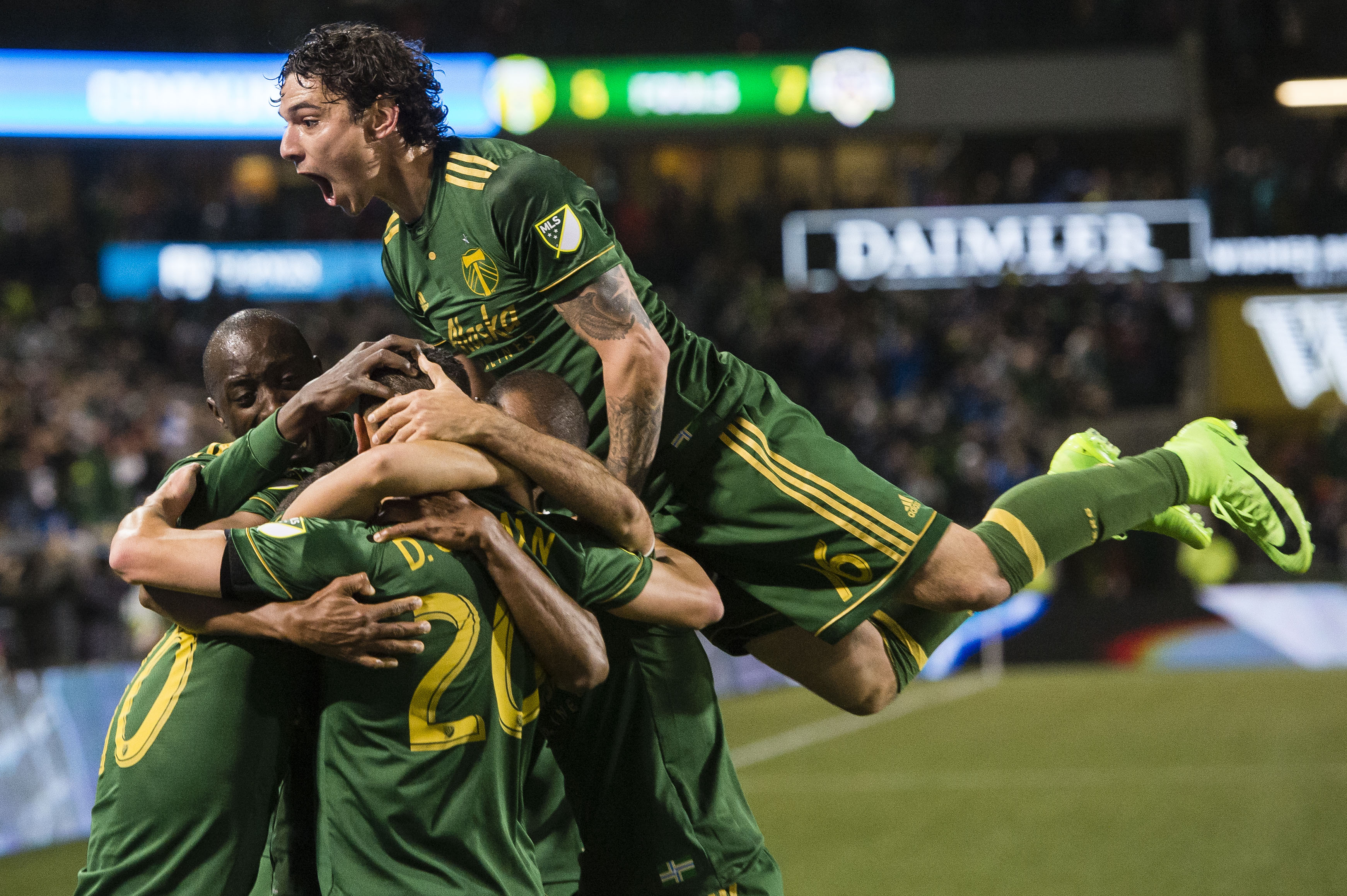 MLS round-up: Columbus Crew go top of Eastern Conference