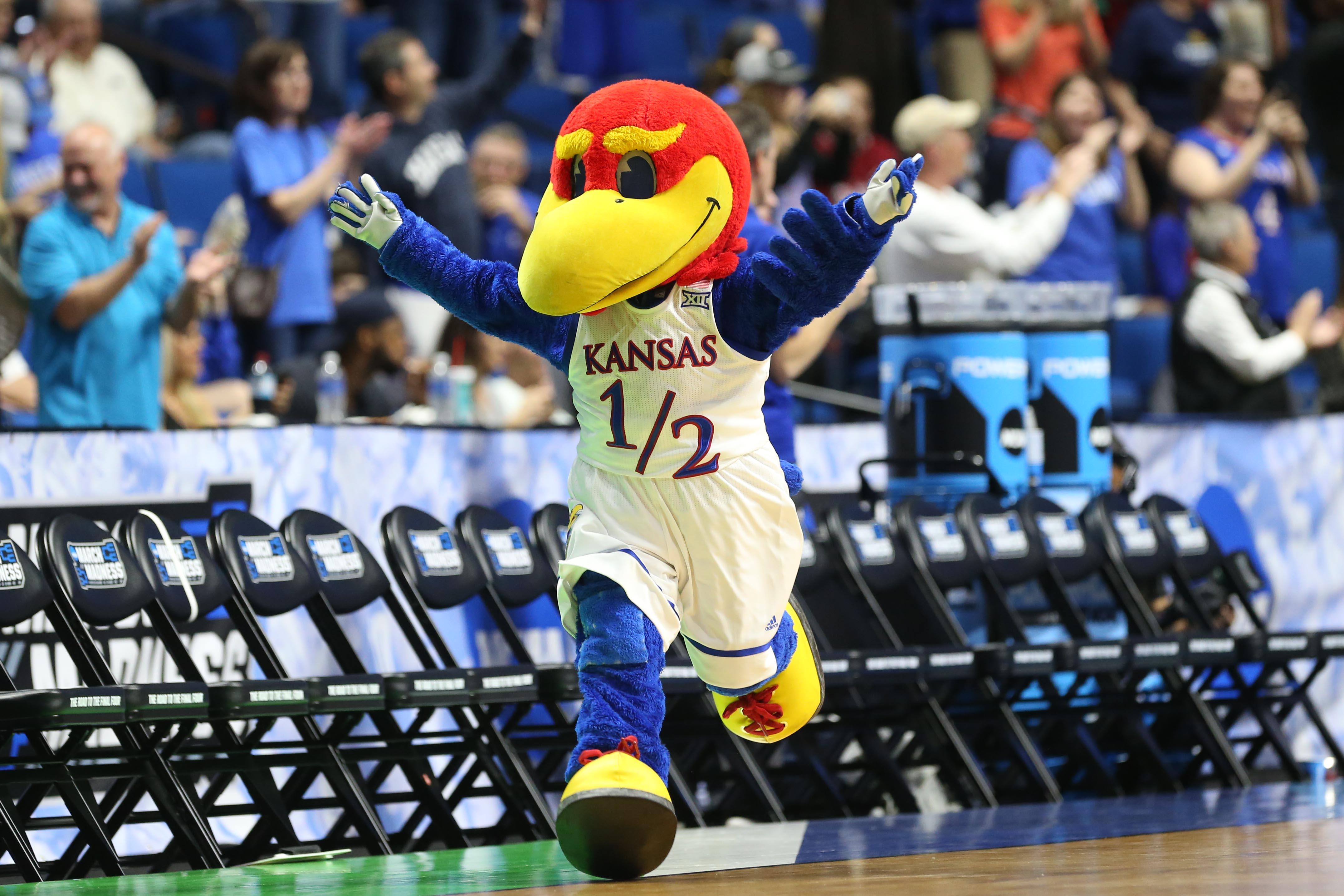 9958037-ncaa-basketball-ncaa-tournament-second-round-kansas-vs-michigan-state