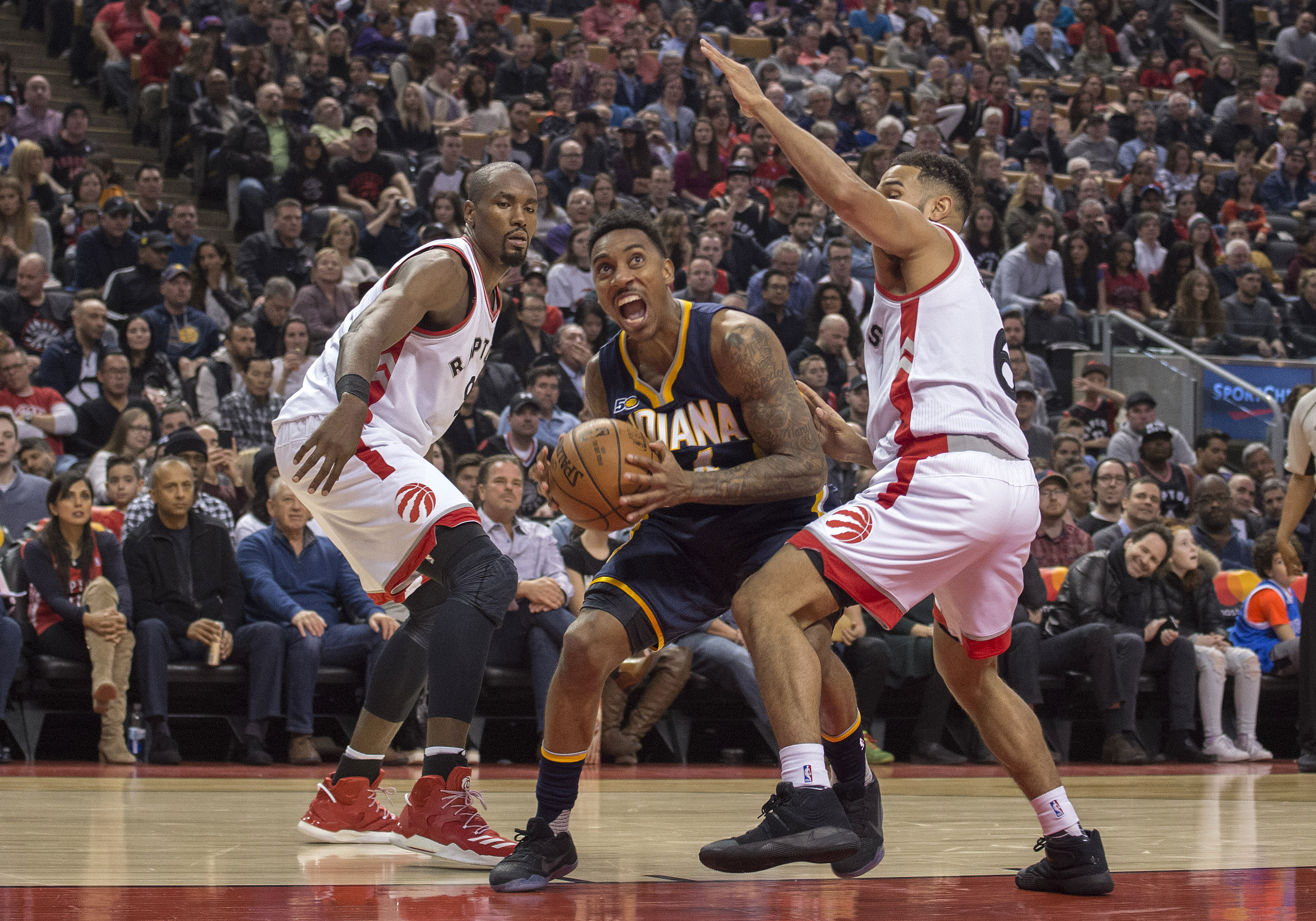 9958417-nba-indiana-pacers-at-toronto-raptors