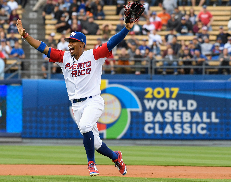 9961373-baseball-world-baseball-classic-netherlands-at-puerto-rico