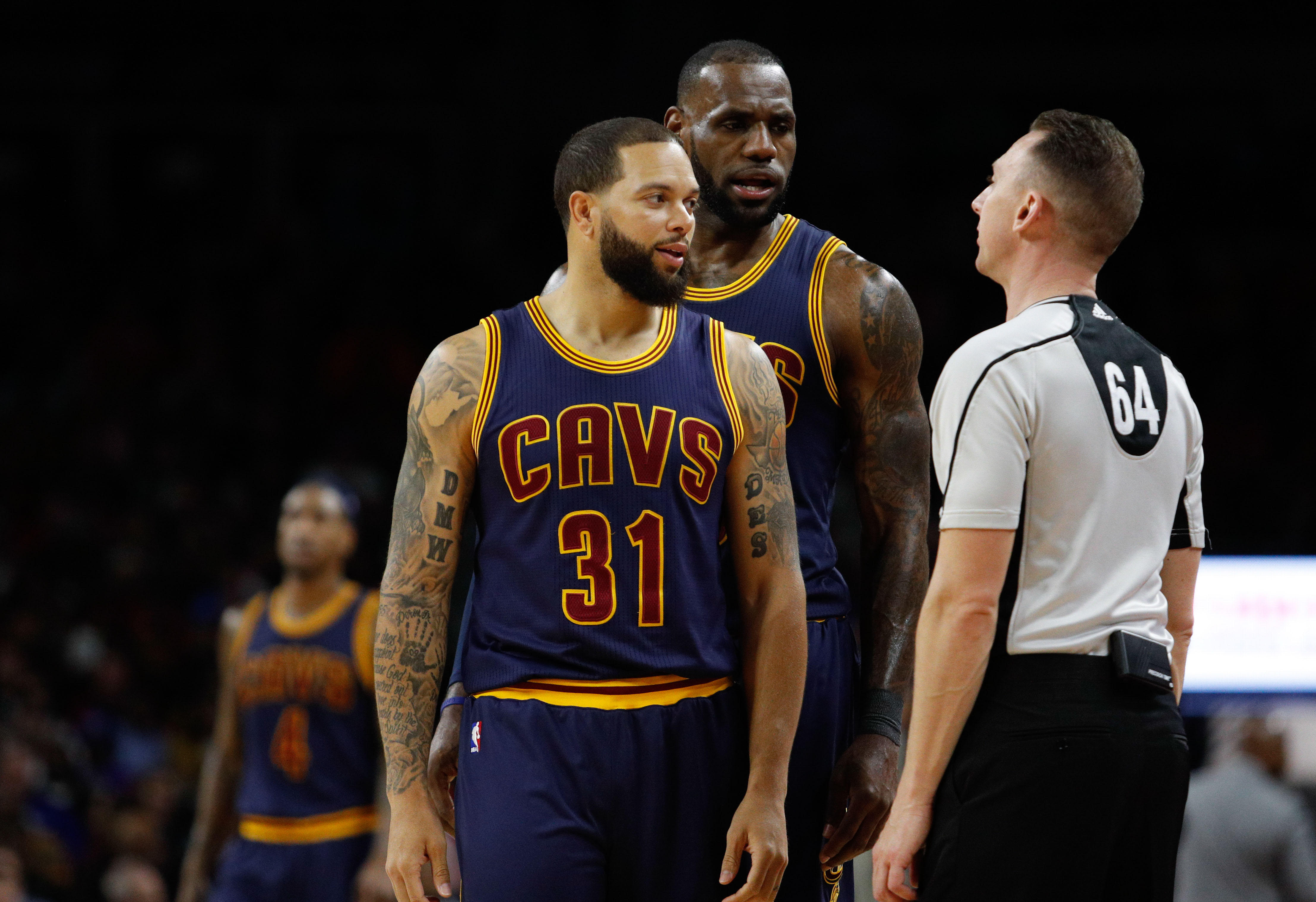 9963383-nba-cleveland-cavaliers-at-detroit-pistons