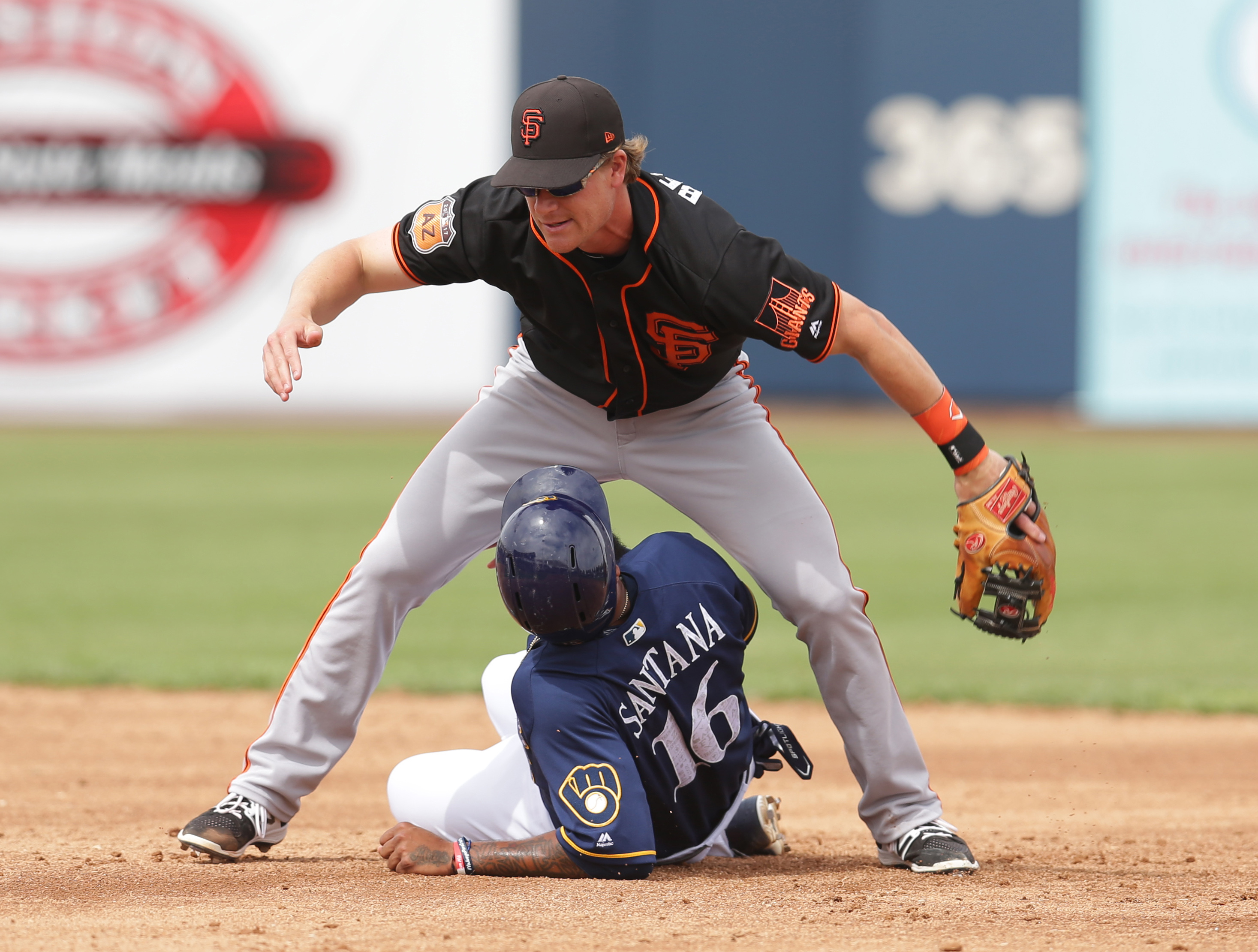 9964944-mlb-spring-training-san-francisco-giants-at-milwaukee-brewers
