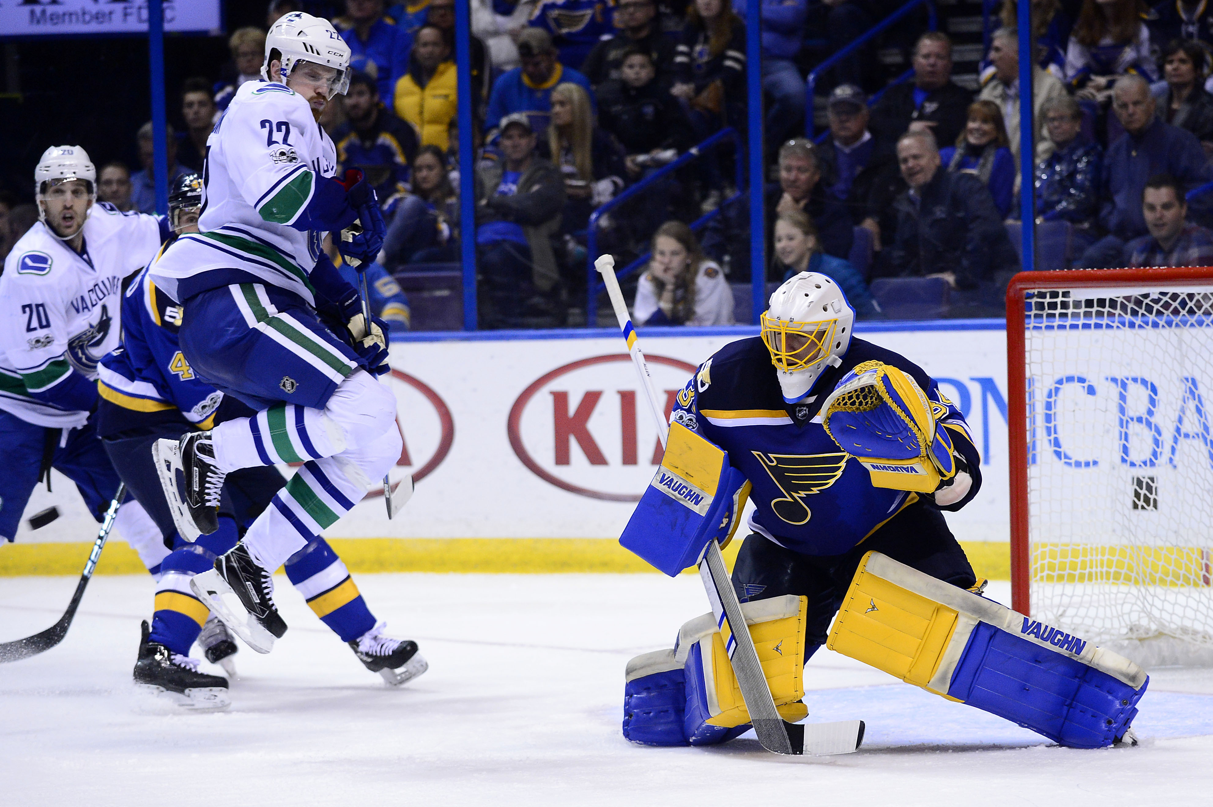 9967171-nhl-vancouver-canucks-at-st.-louis-blues