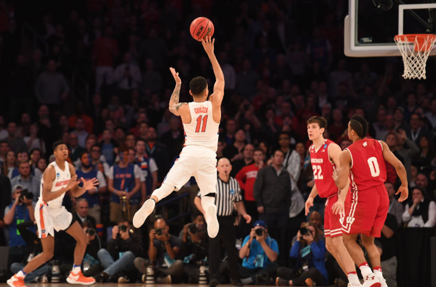 Chiozza drains a teardrop 23-footer for the win