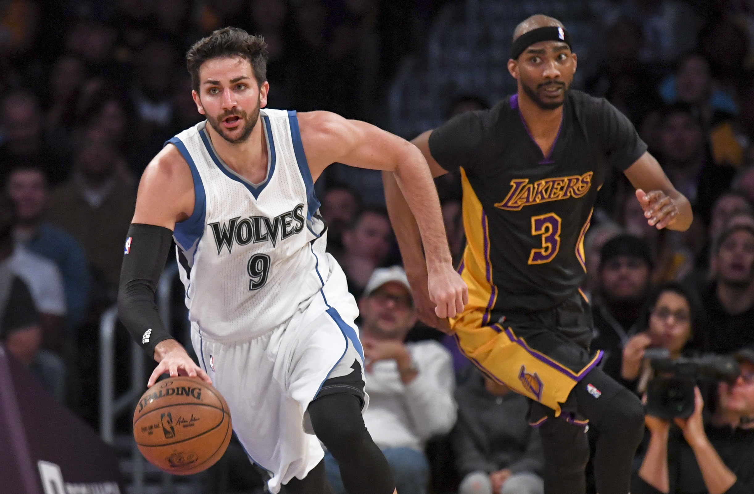 9969328-nba-minnesota-timberwolves-at-los-angeles-lakers