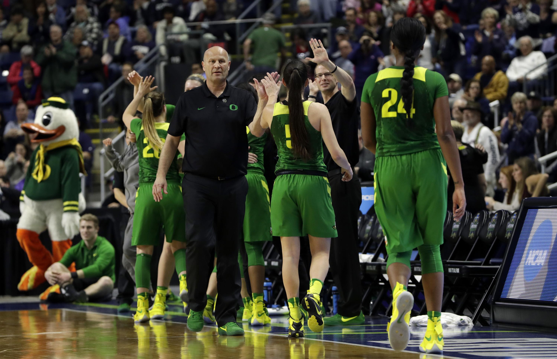 Oregon Women's Basketball: Ducks Sign Head Coach Kelly ...