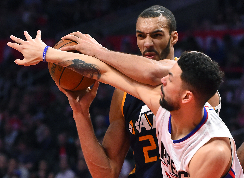 Best Memes of the Los Angeles Clippers Choking Against the Utah Jazz