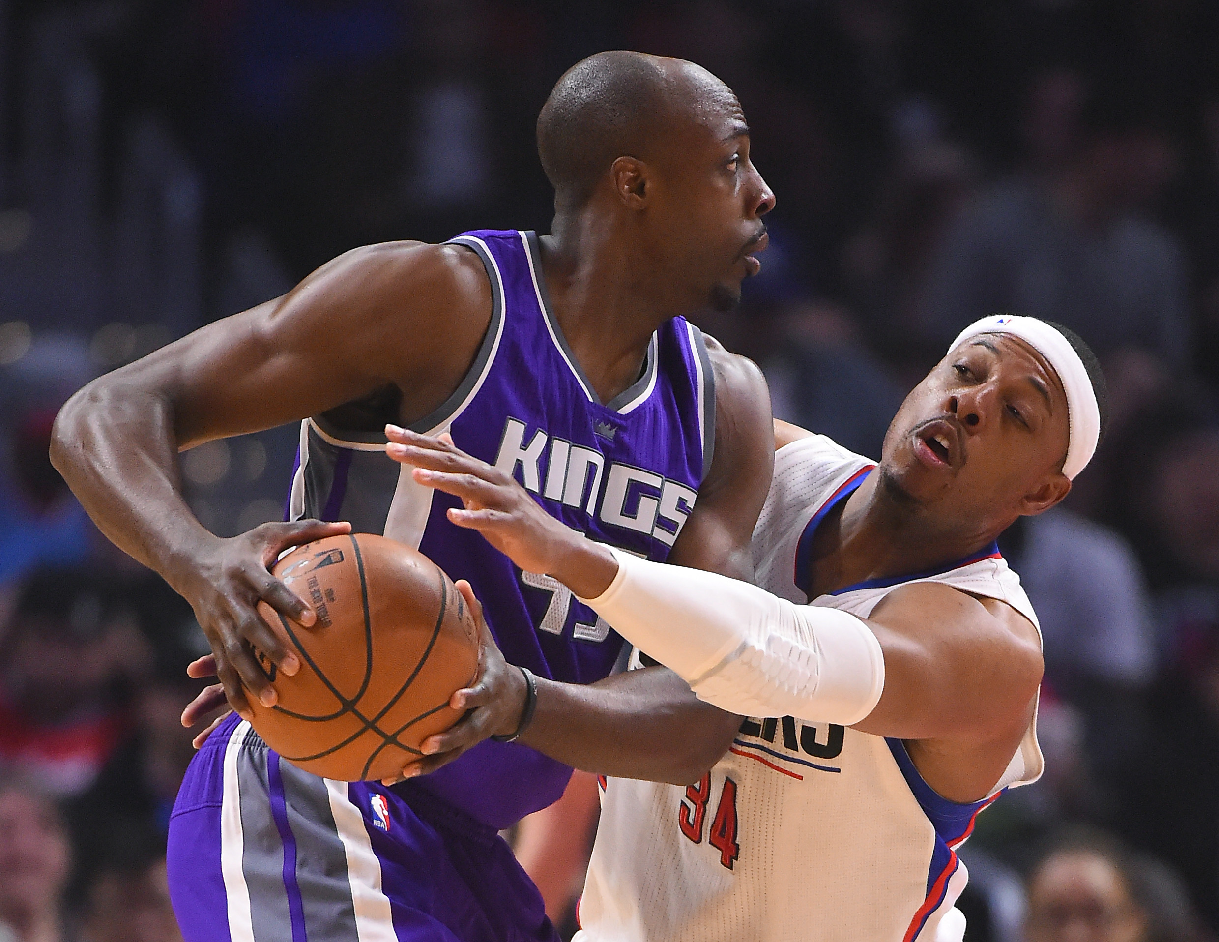 9972105-nba-sacramento-kings-at-los-angeles-clippers
