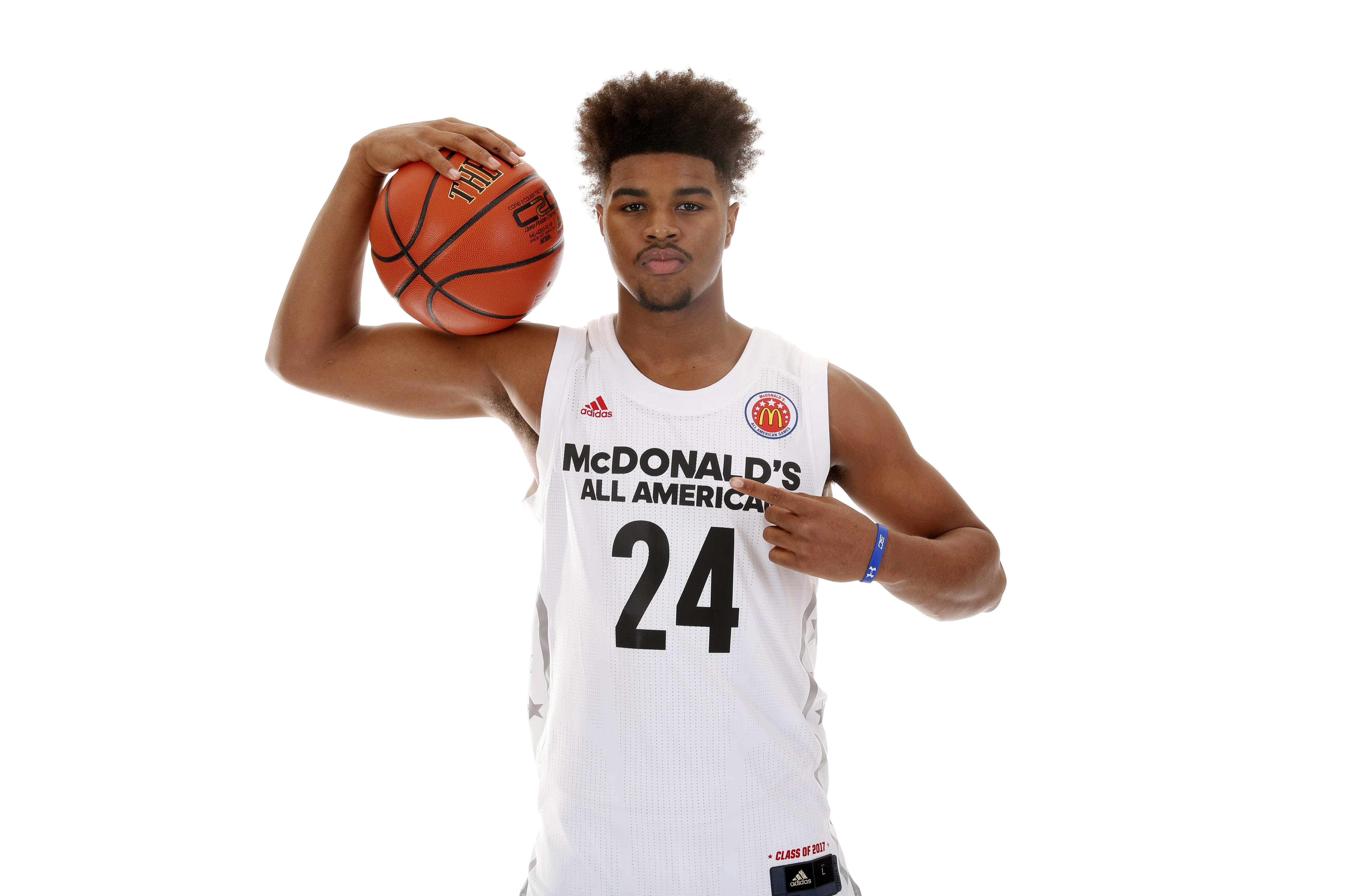 9975049-high-school-basketball-mcdonalds-all-american-portraits-1