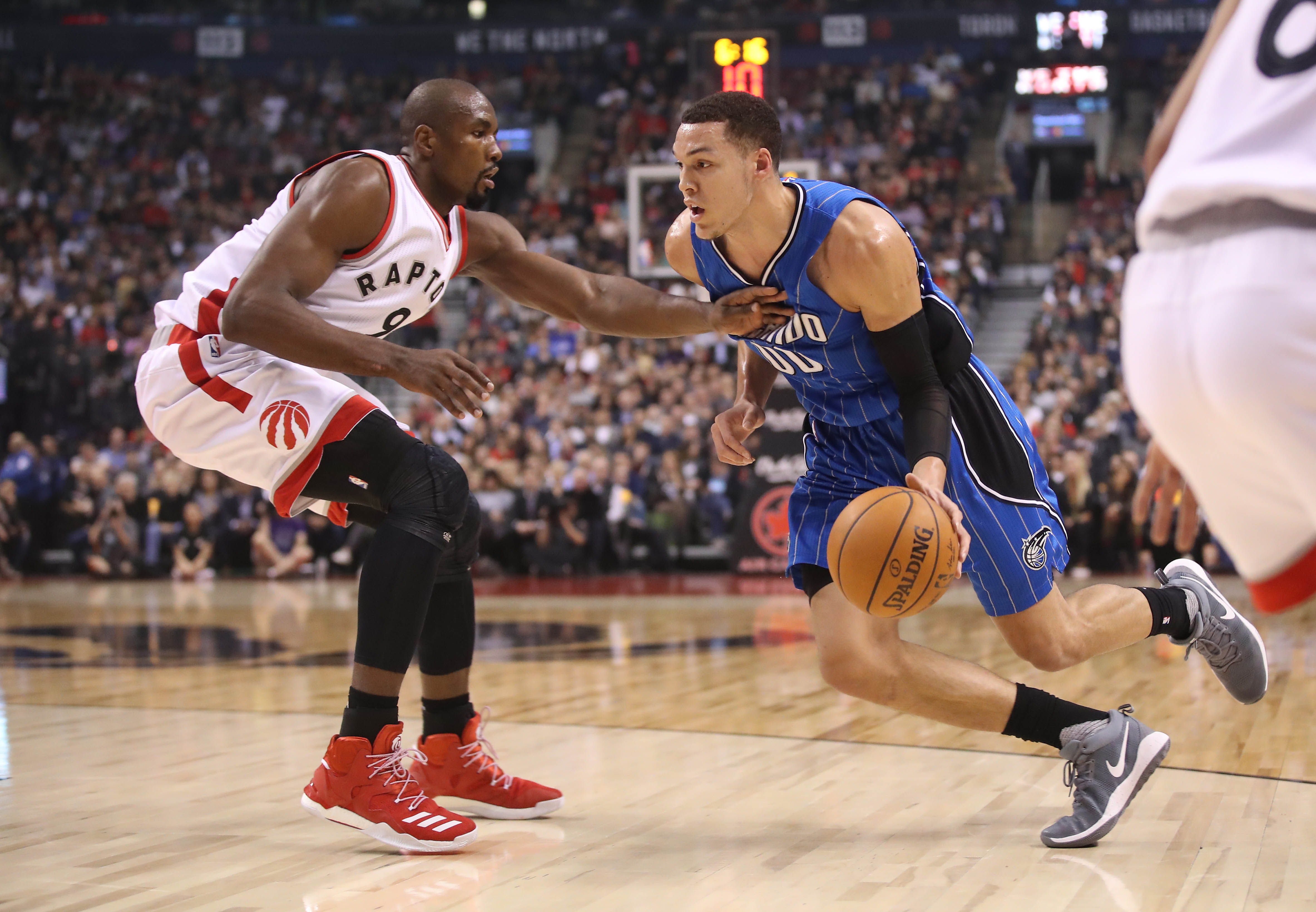 9975634-nba-orlando-magic-at-toronto-raptors