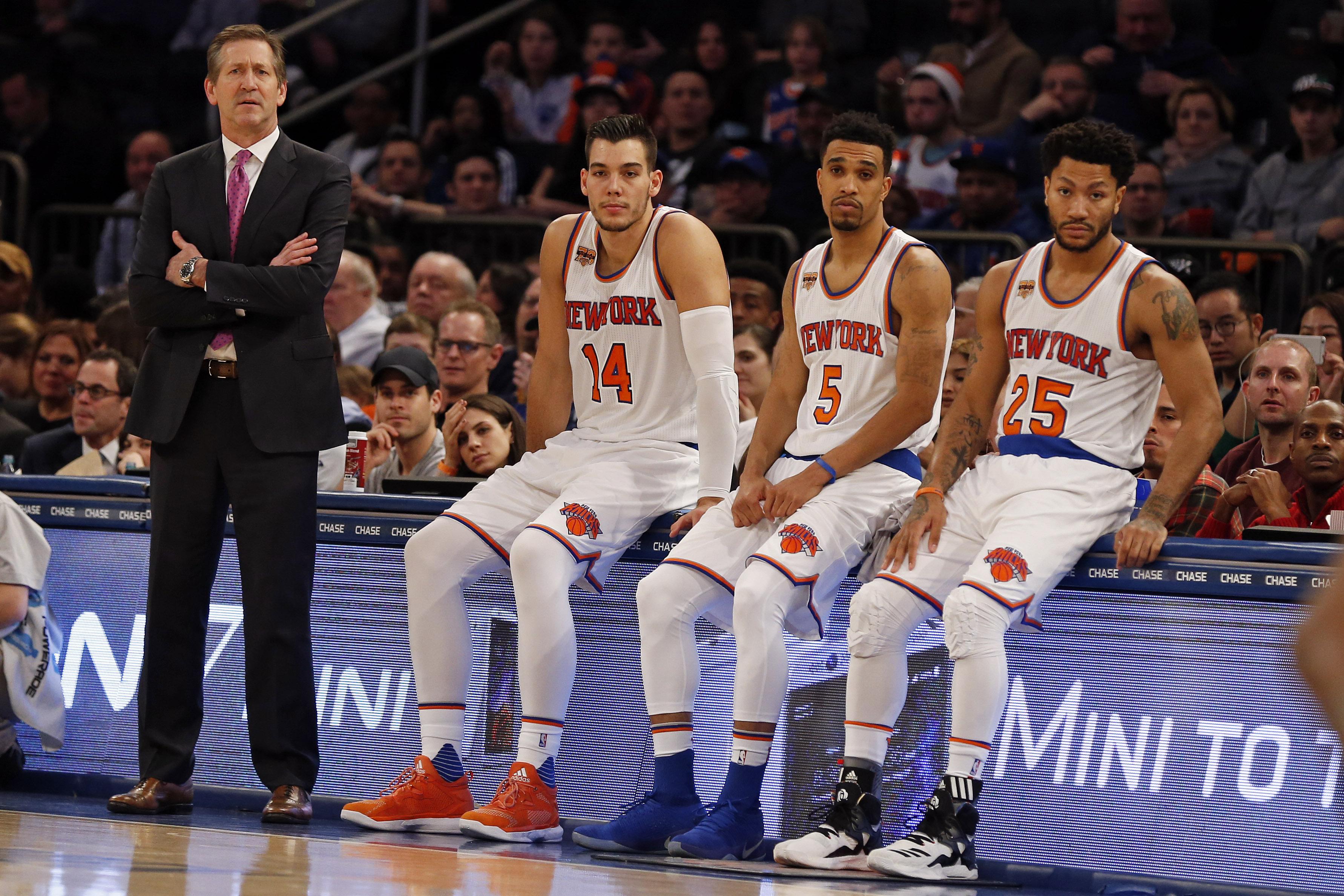 New York Knicks: New York Knicks: Why Fans Deserve Some Of The Blame