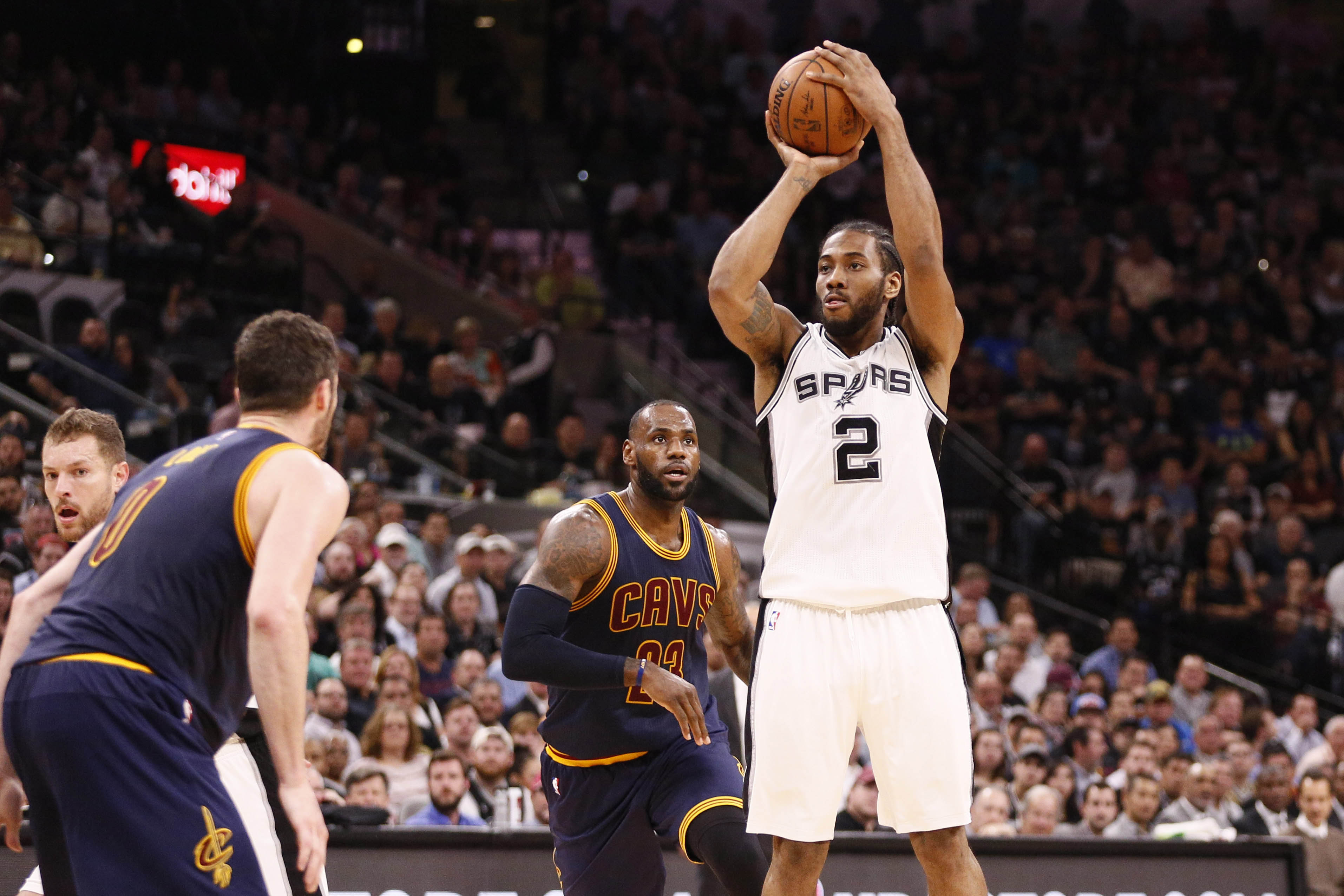 9975799-nba-cleveland-cavaliers-at-san-antonio-spurs
