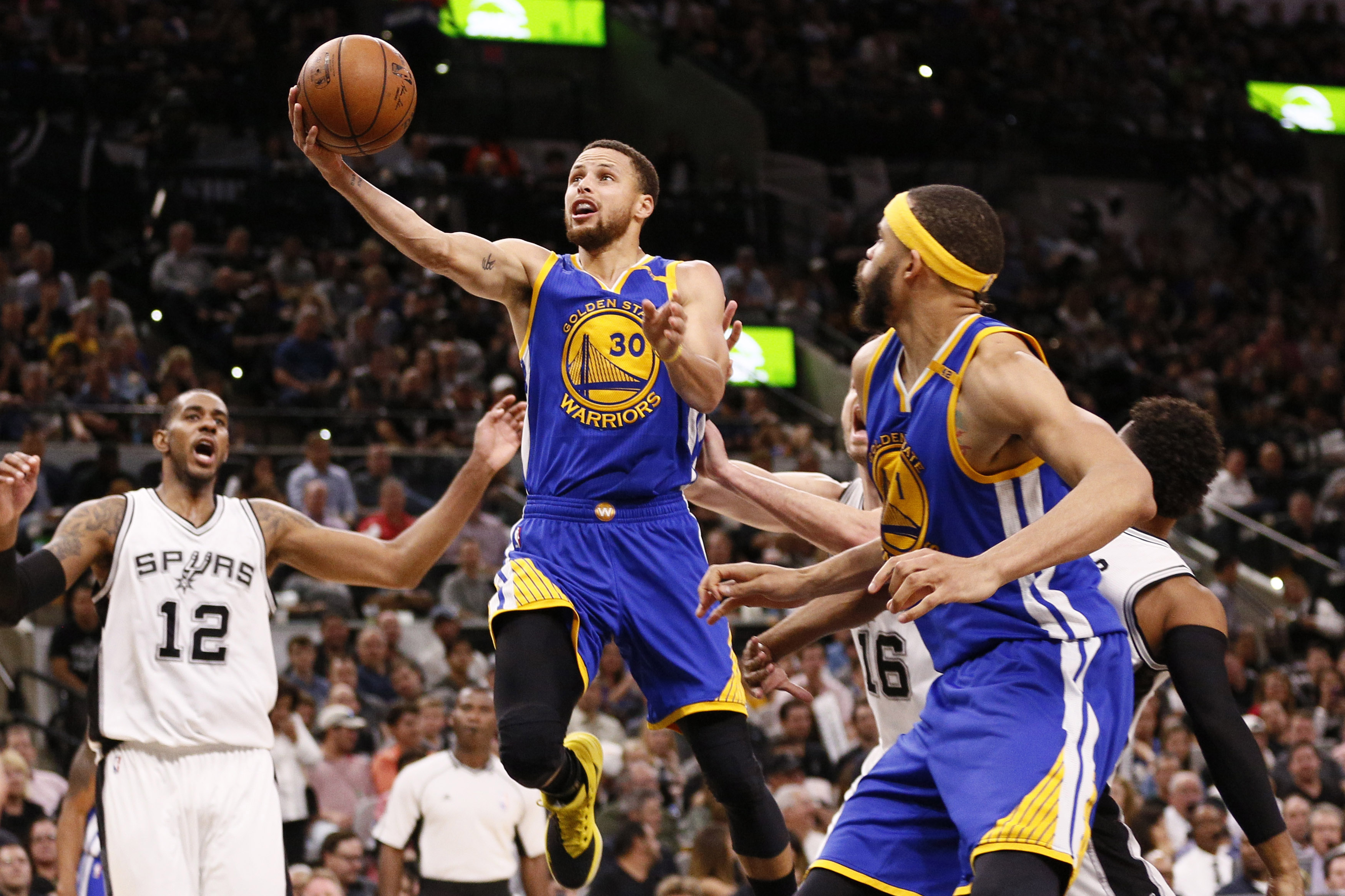 9980182-nba-golden-state-warriors-at-san-antonio-spurs