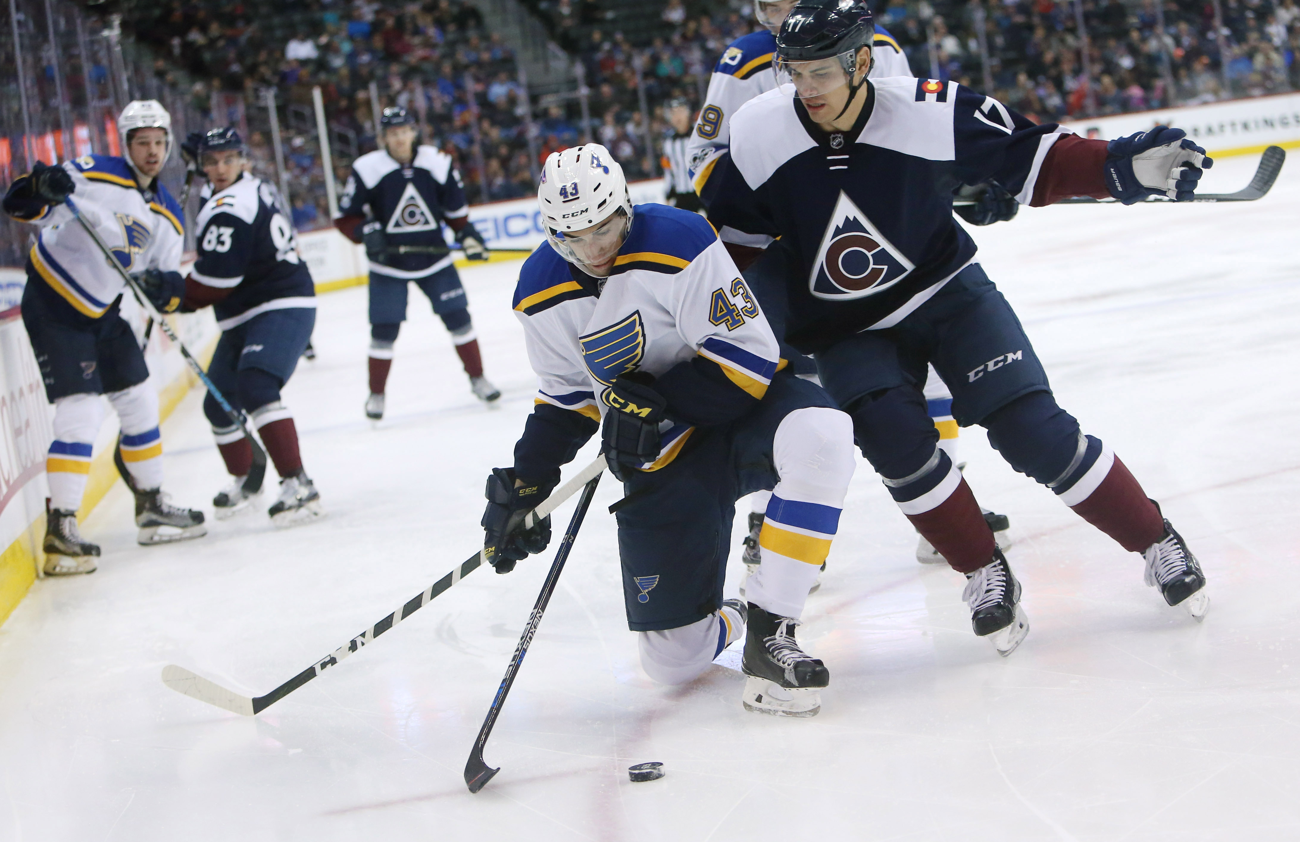 9984018-nhl-st.-louis-blues-at-colorado-avalanche