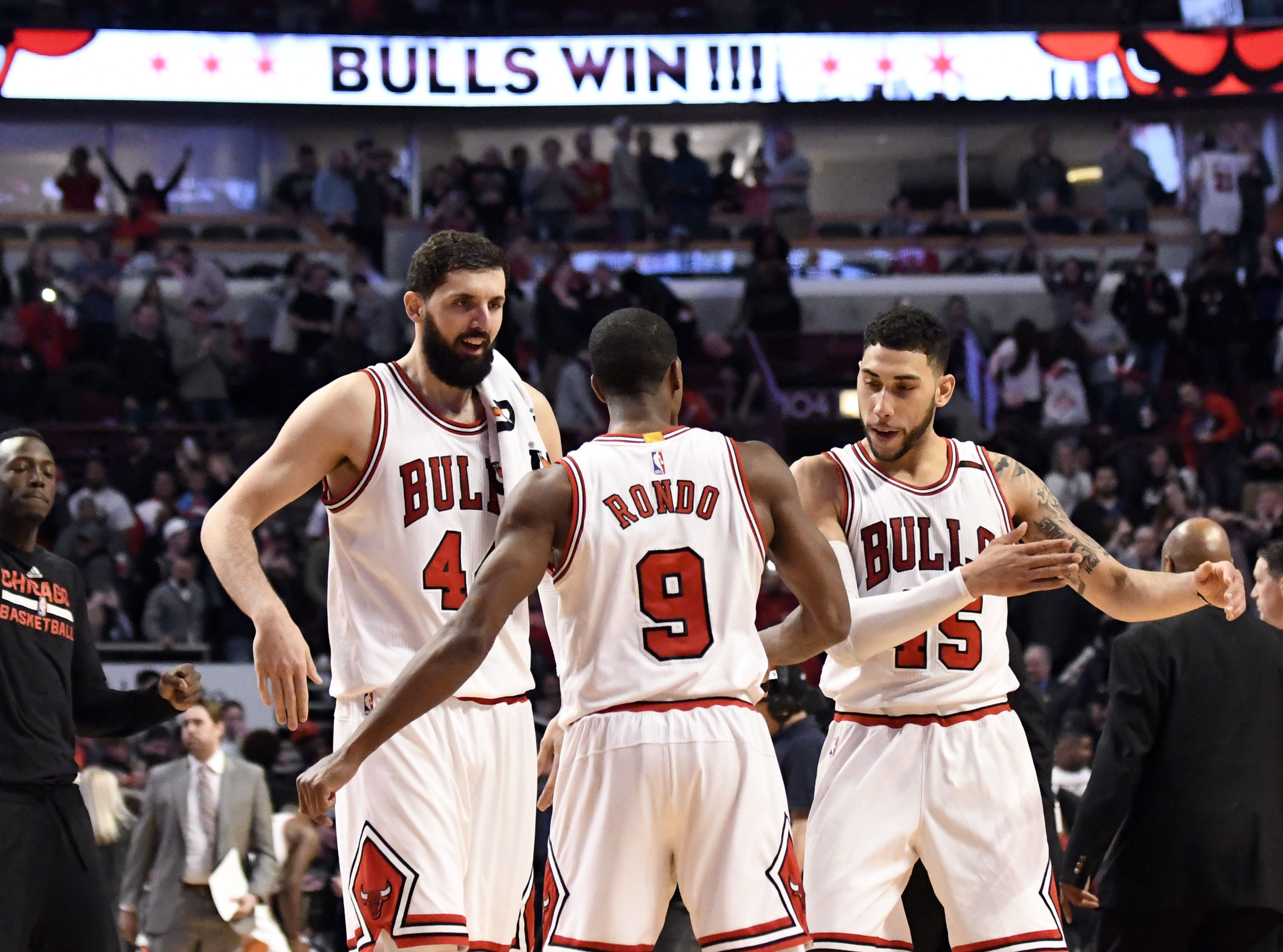 9985929-nba-atlanta-hawks-at-chicago-bulls-1