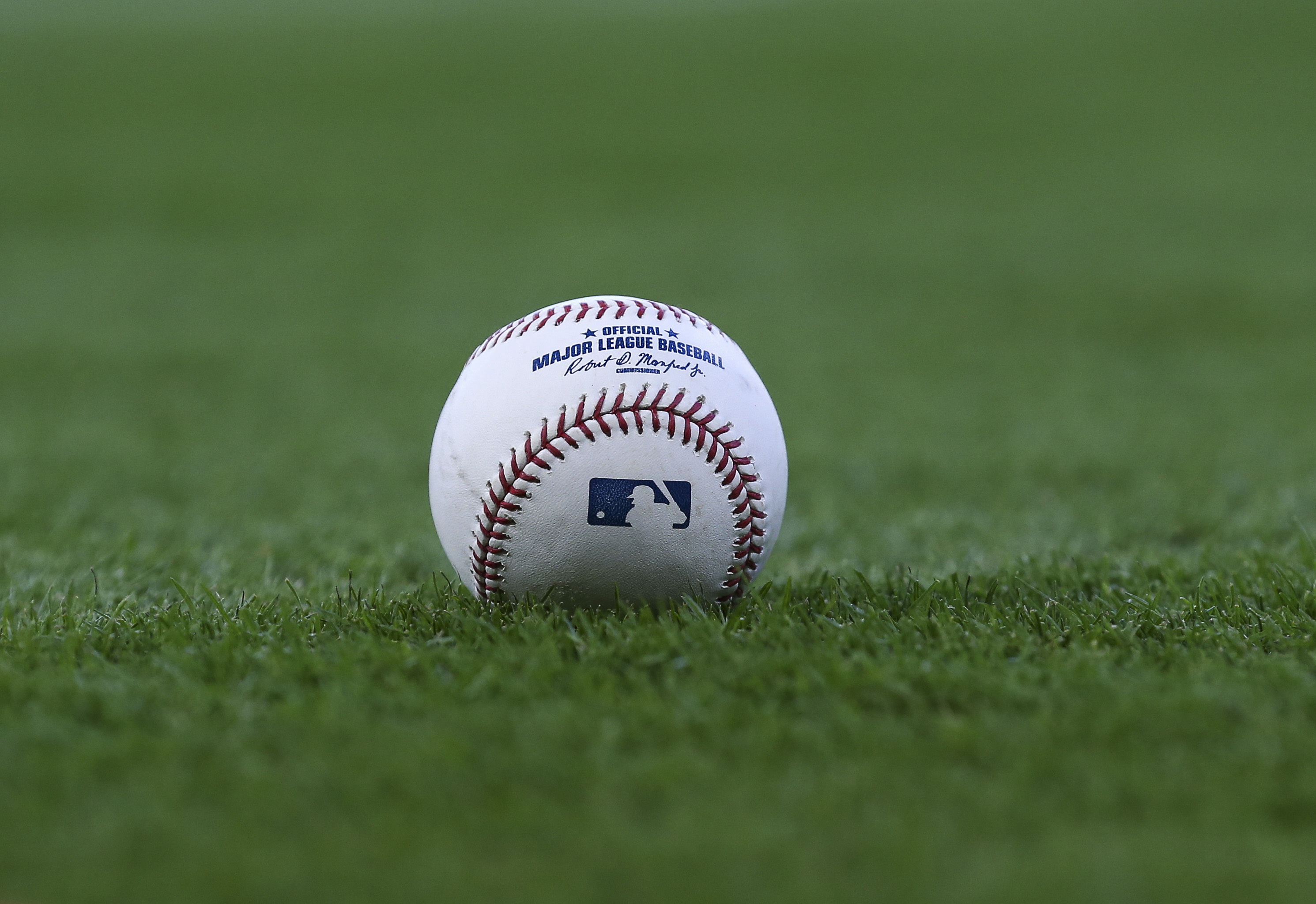 9991105-mlb-seattle-mariners-at-houston-astros