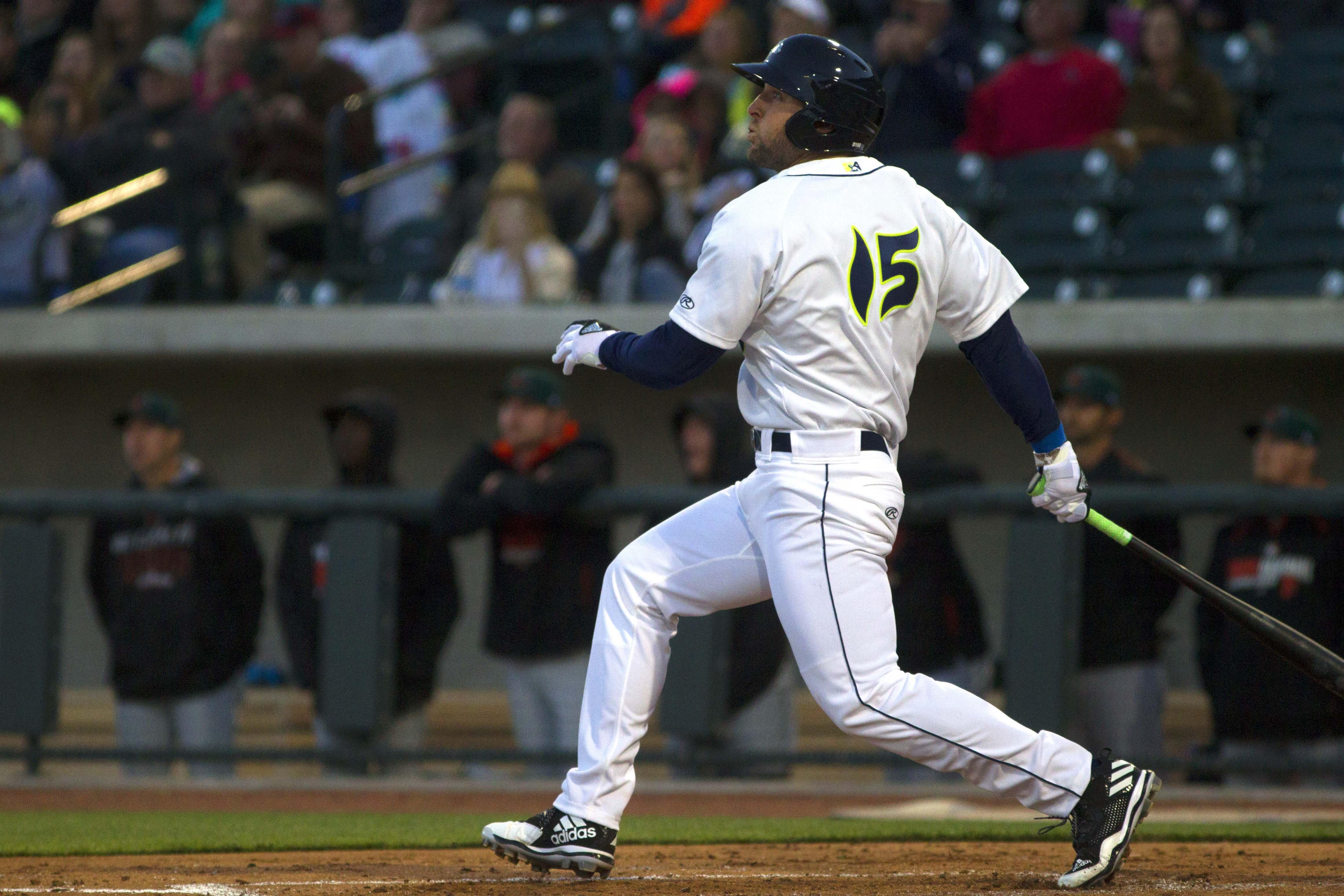 9997128-minor-league-baseball-augusta-greenjackets-at-columbia-fireflies