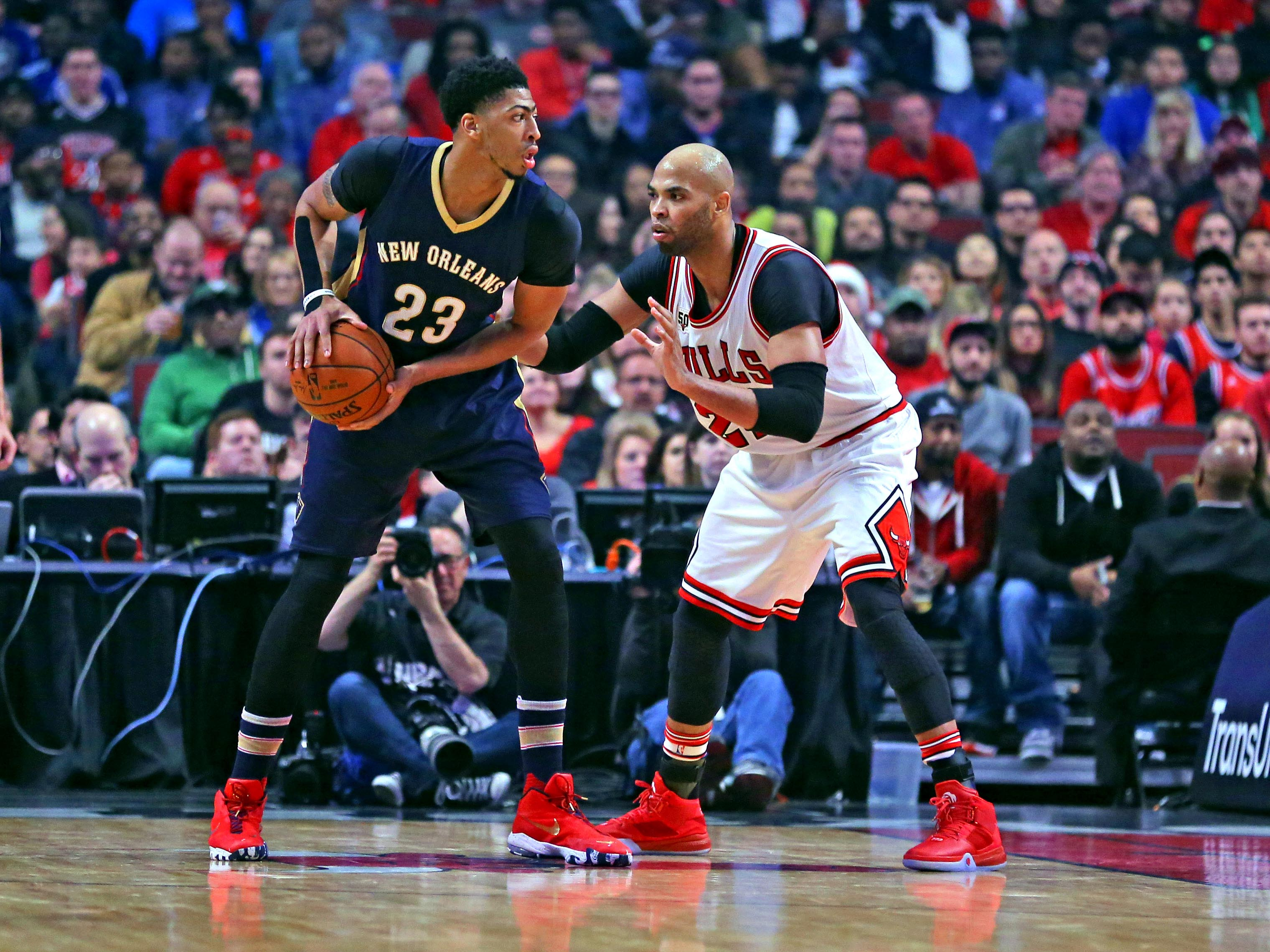 8993331-nba-new-orleans-pelicans-at-chicago-bulls