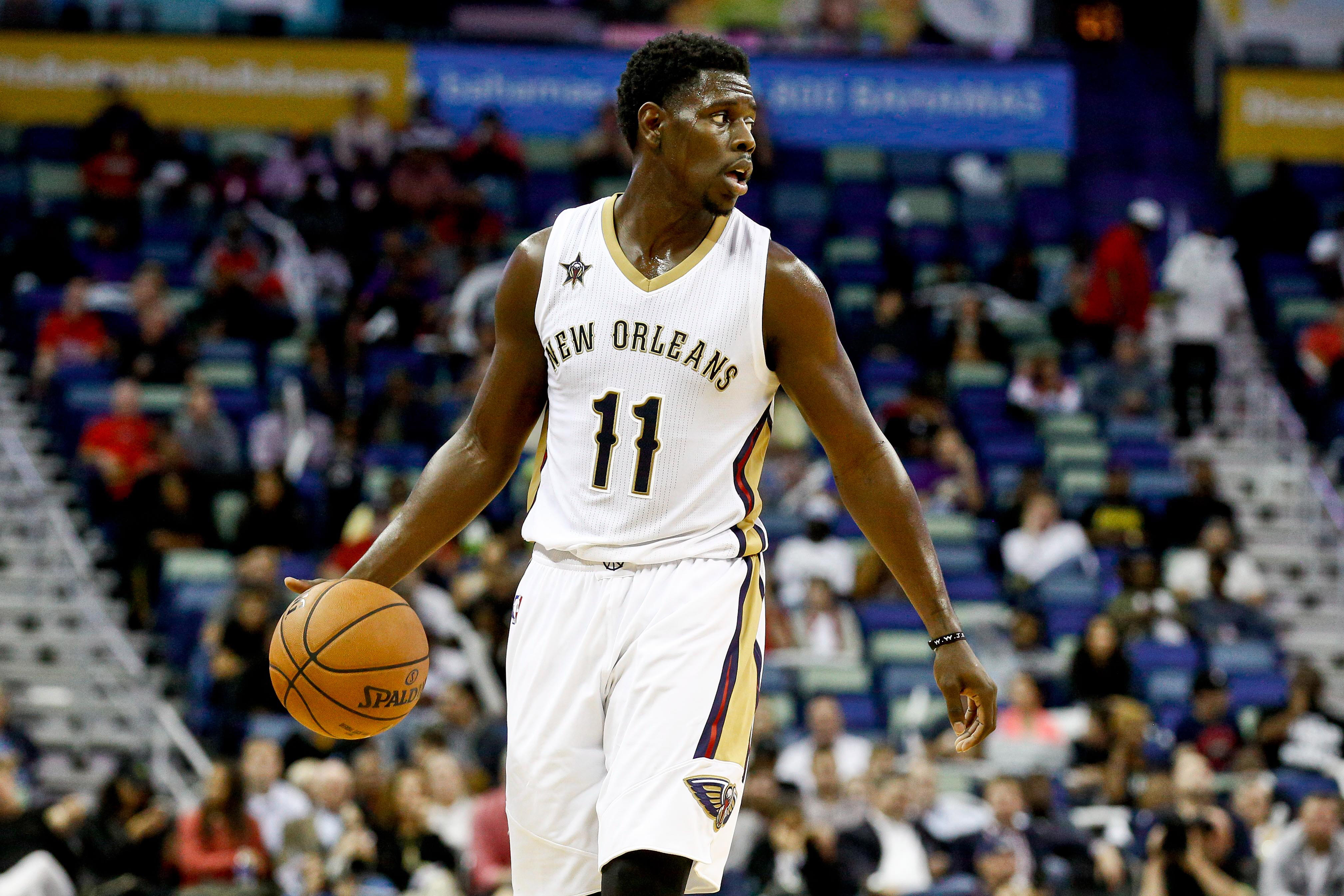 9712687-nba-los-angeles-lakers-at-new-orleans-pelicans