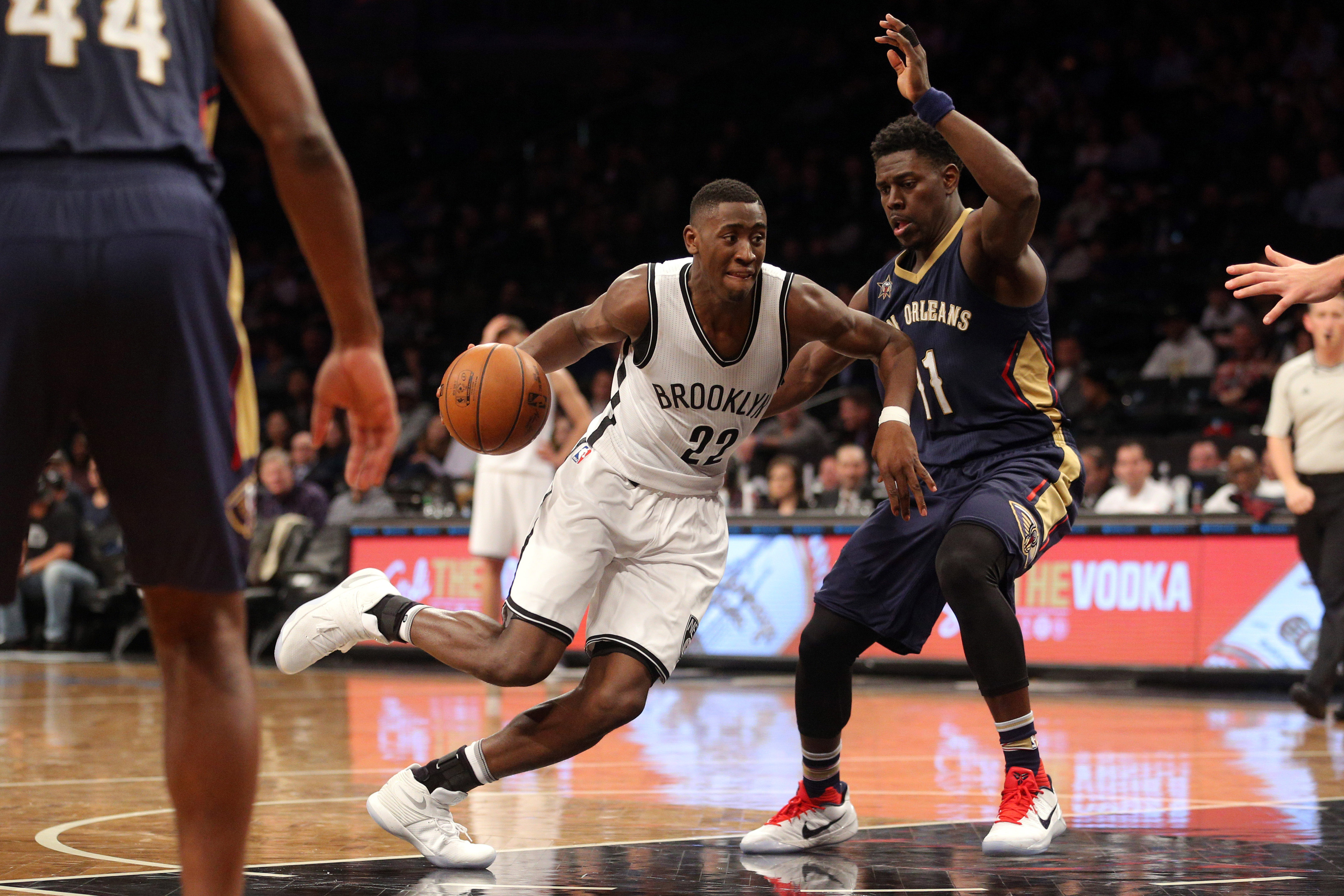 9806698-nba-new-orleans-pelicans-at-brooklyn-nets