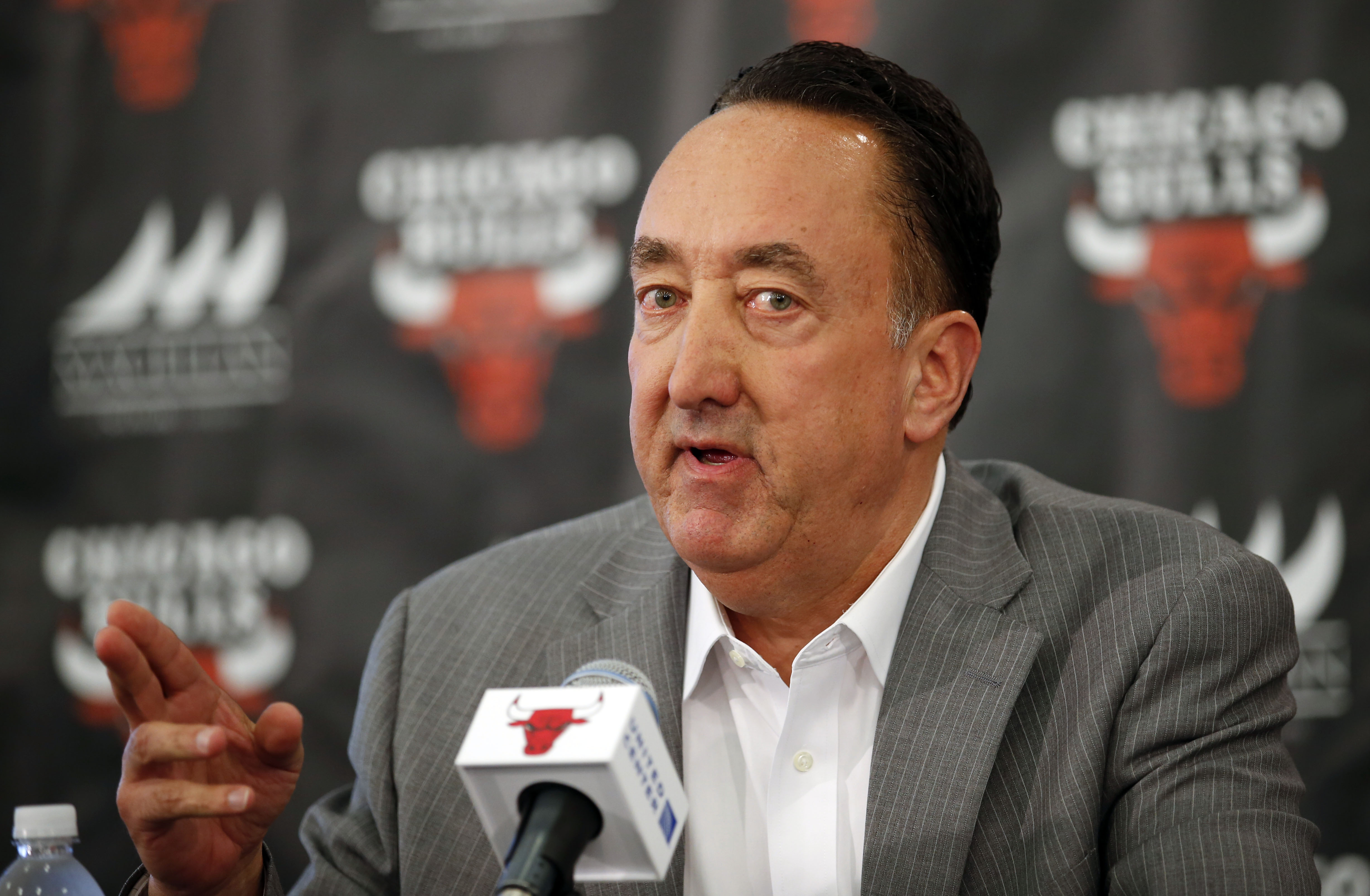 8592168-nba-chicago-bulls-press-conference