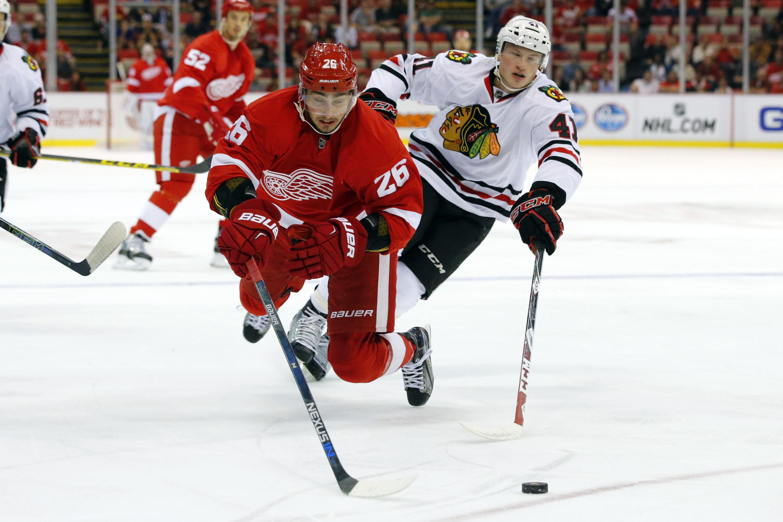 8819866-nhl-preseason-chicago-blackhawks-at-detroit-red-wings