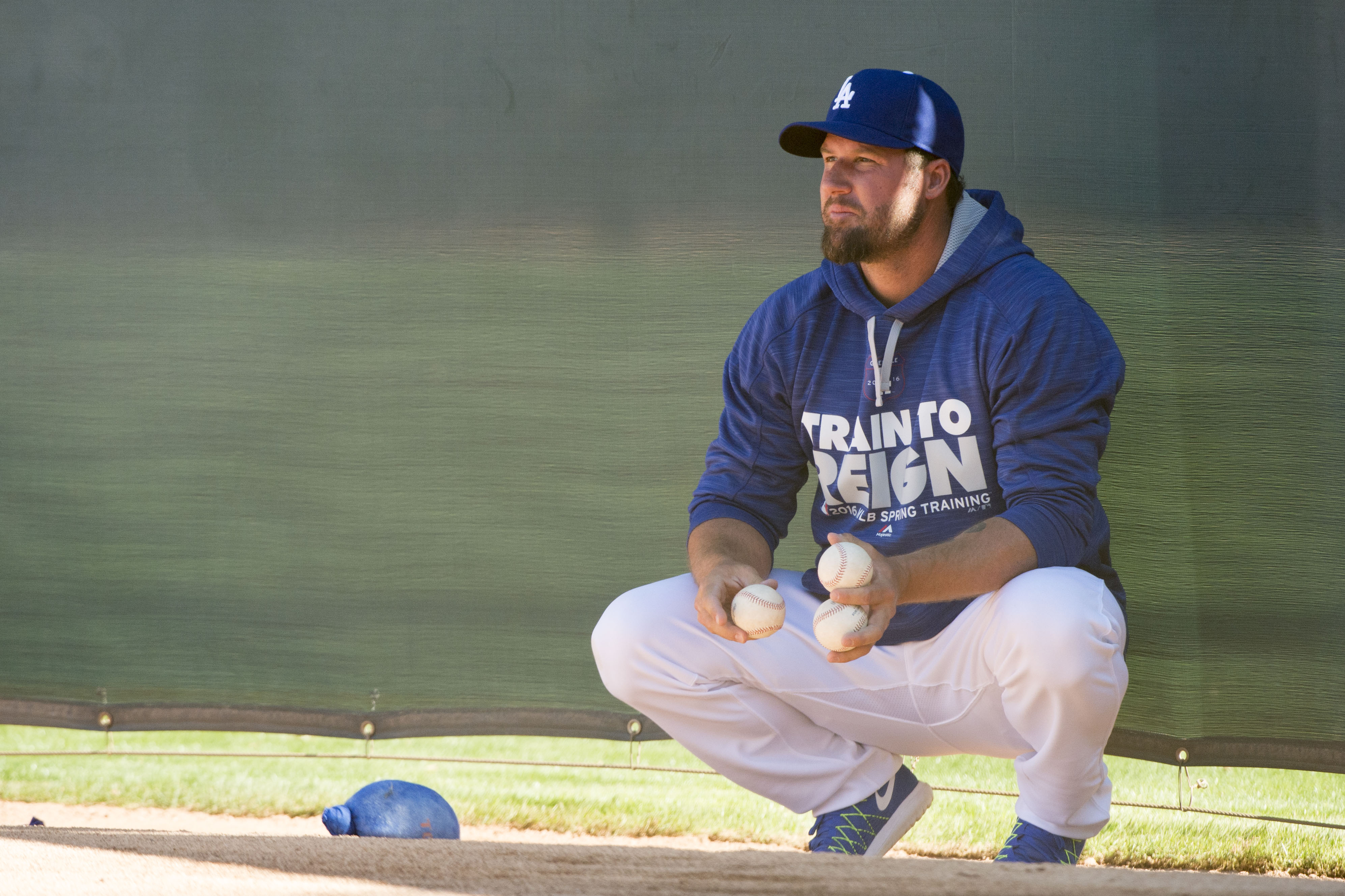 9137920-mlb-los-angeles-dodgers-workouts