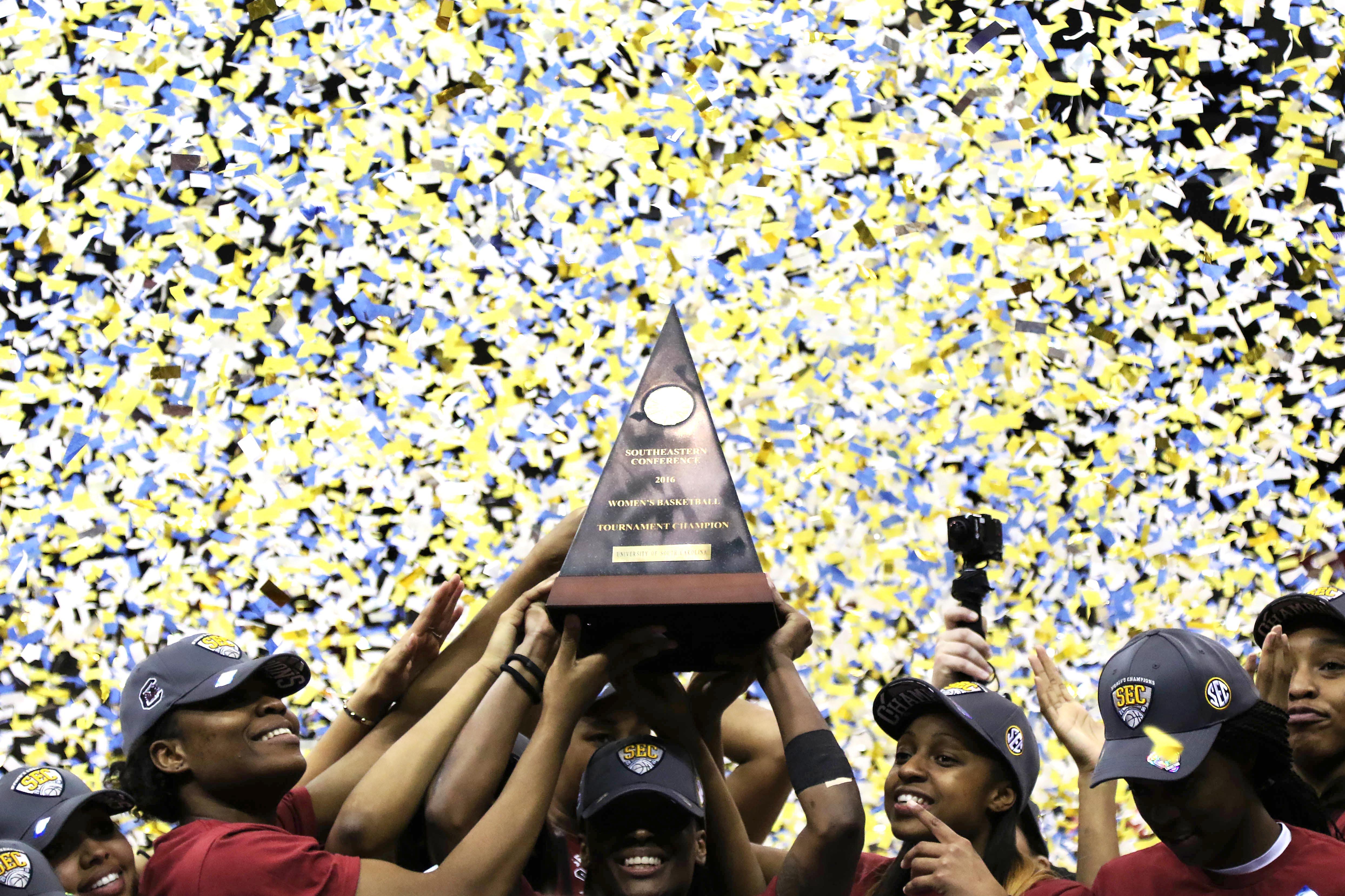 9162520-ncaa-womens-basketball-sec-basketball-tournament-south-carolina-vs-mississippi-state