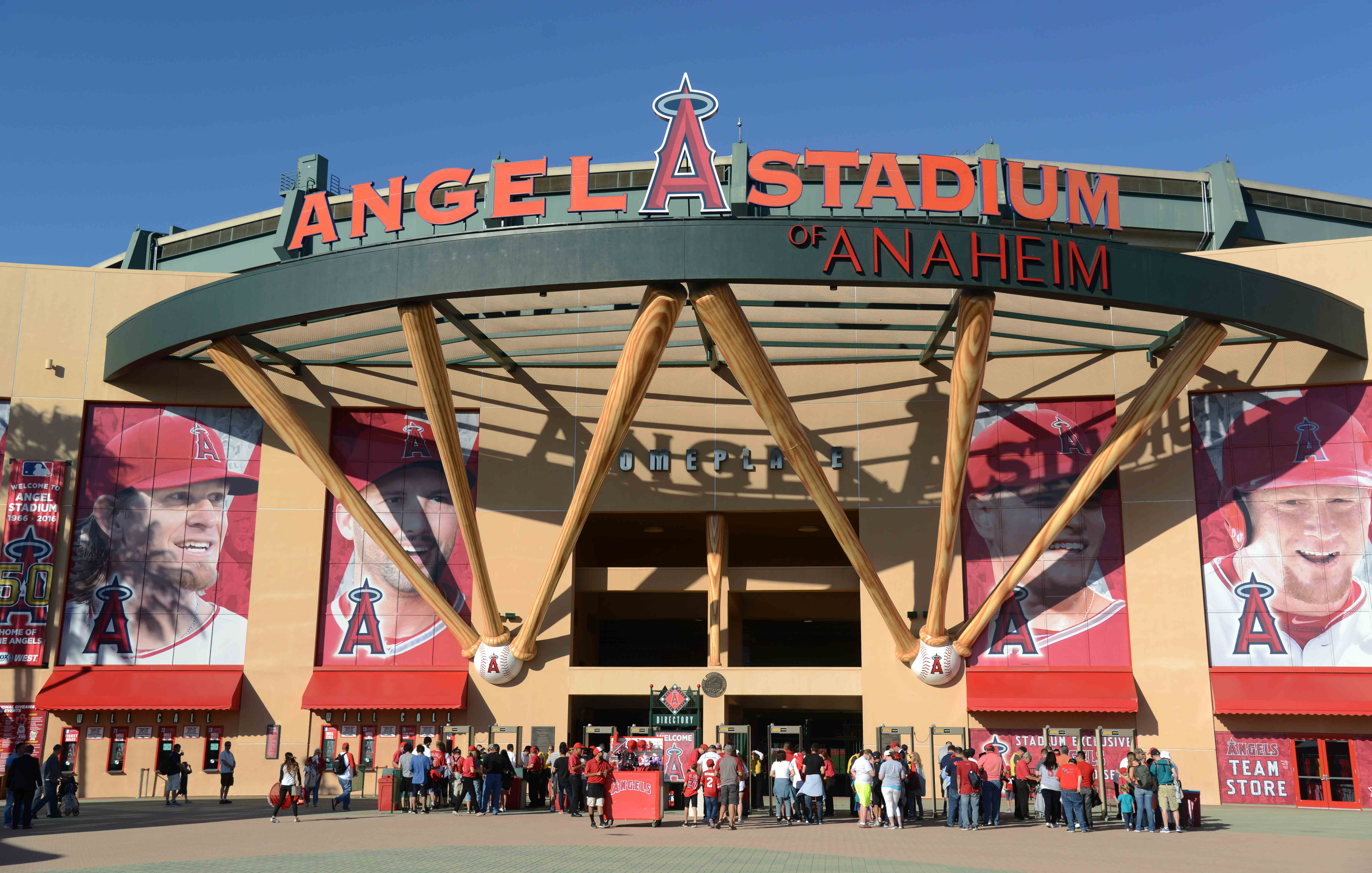 9552679-mlb-seattle-mariners-at-los-angeles-angels