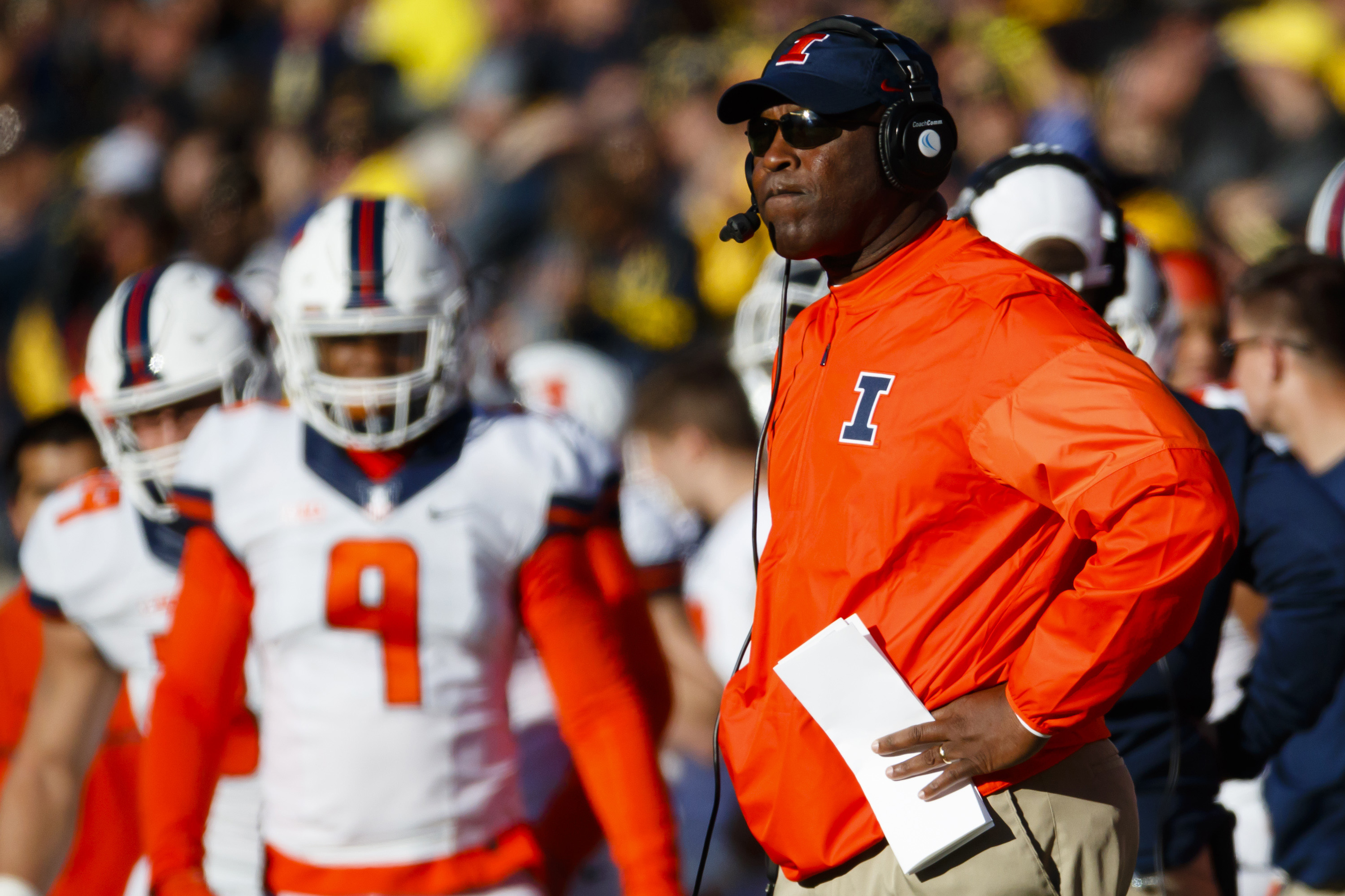 9625326-ncaa-football-illinois-at-michigan