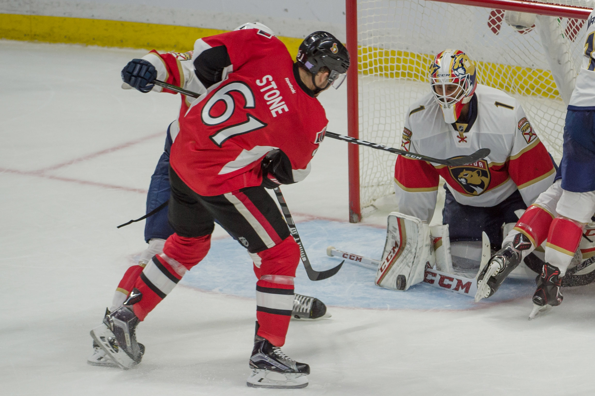 9691529-nhl-florida-panthers-at-ottawa-senators