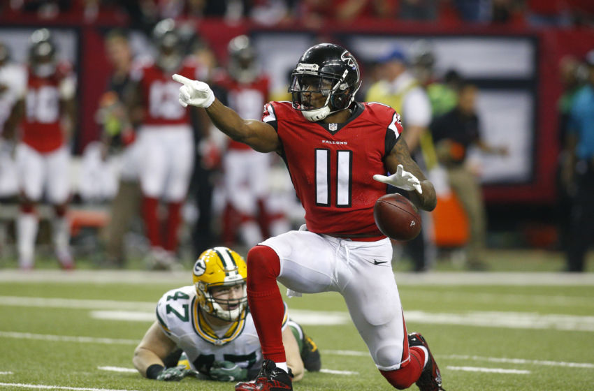 Jan 22, 2017; Atlanta, GA, USA; Atlanta Falcons wide receiver Julio Jones (11) signals a first down against Green Bay Packers inside linebacker Jake Ryan (47) during the third quarter in the 2017 NFC Championship Game at the Georgia Dome. Mandatory Credit: Brett Davis-USA TODAY Sports