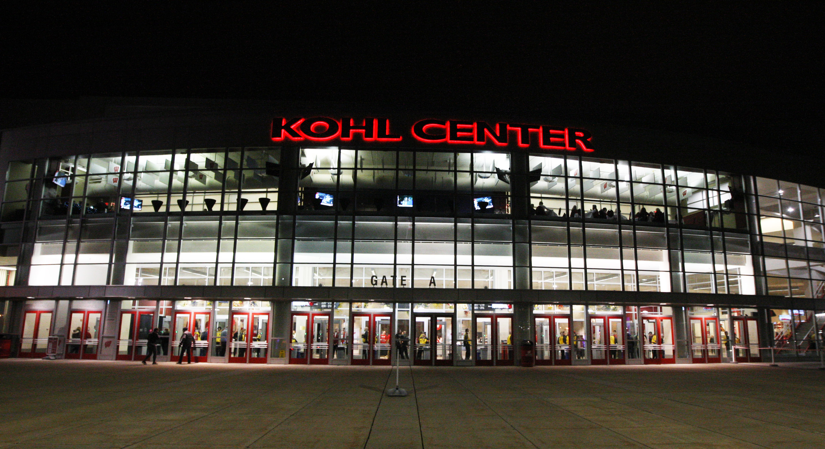 9850091-ncaa-basketball-penn-state-at-wisconsin