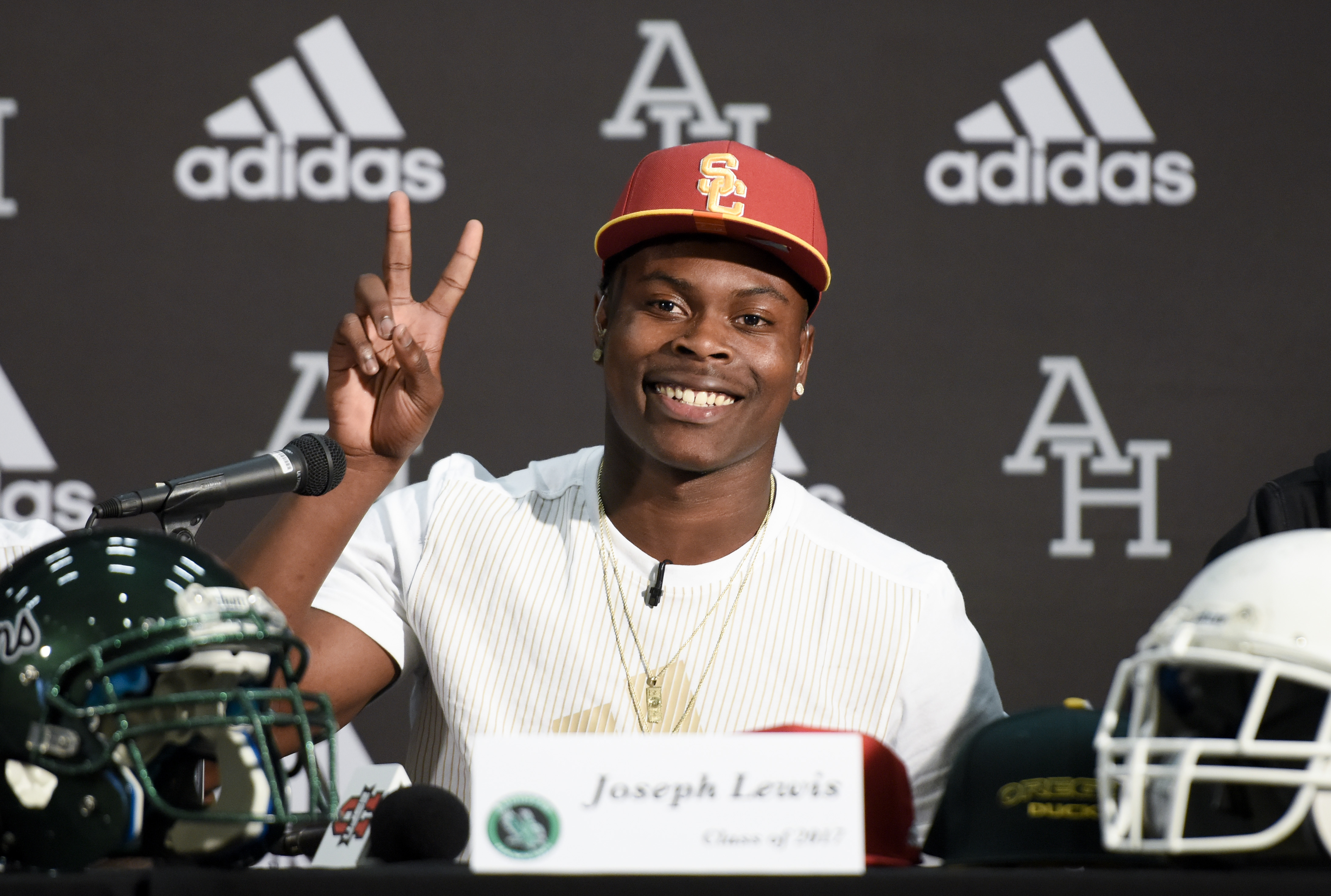 Feb 1, 2017; Los Angeles, CA, USA; Joseph Lewis announces that he will sign with USC at Augustus Hawkins High School. Mandatory Credit: Kelvin Kuo-USA TODAY Sports