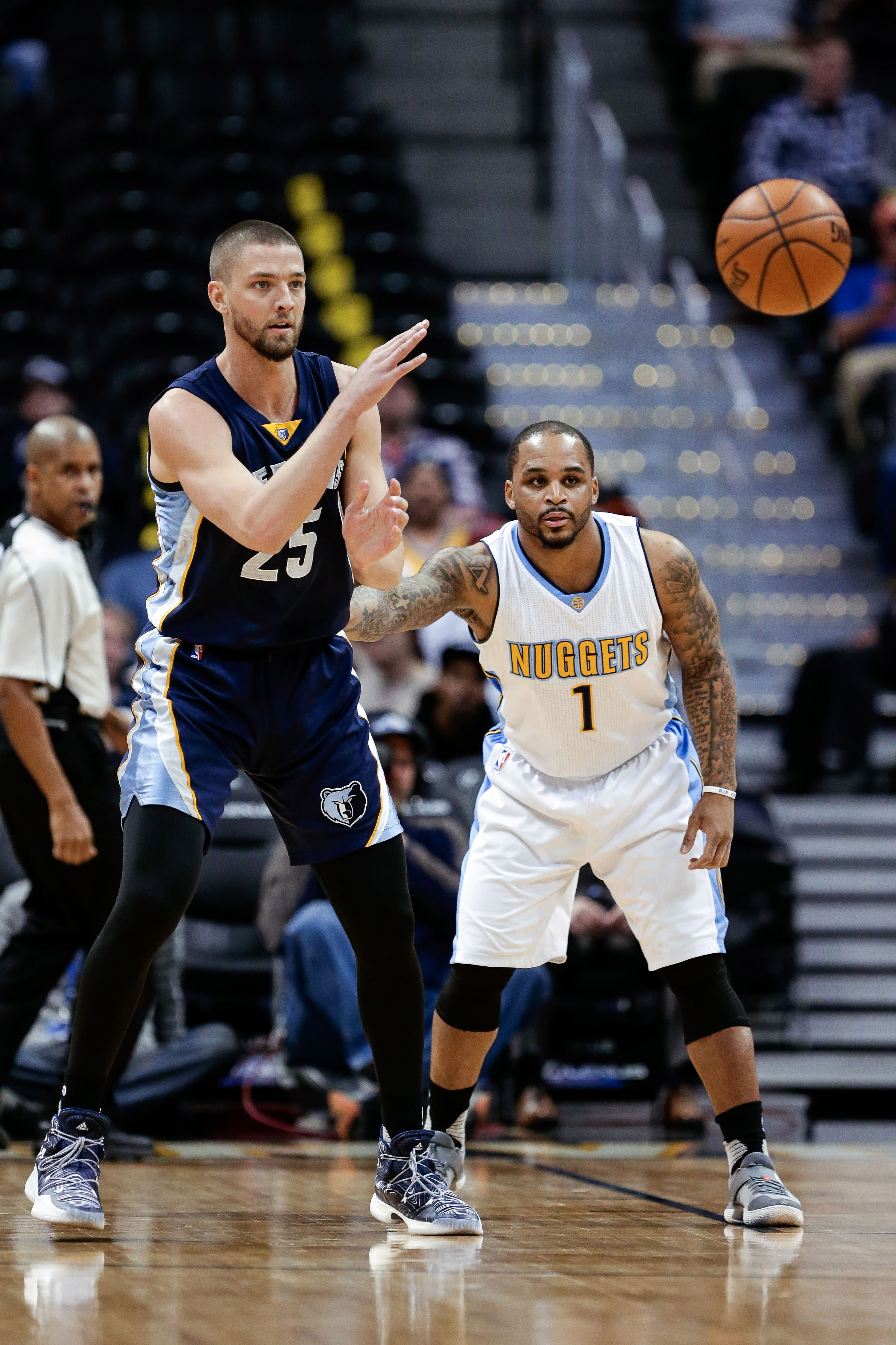 Feb 1, 2017; Denver, CO, USA; Denver Nuggets guard Jameer Nelson (1) guards Memphis Grizzlies forward Chandler Parsons (25) in the first quarter at the Pepsi Center. Mandatory Credit: Isaiah J. Downing-USA TODAY Sports
