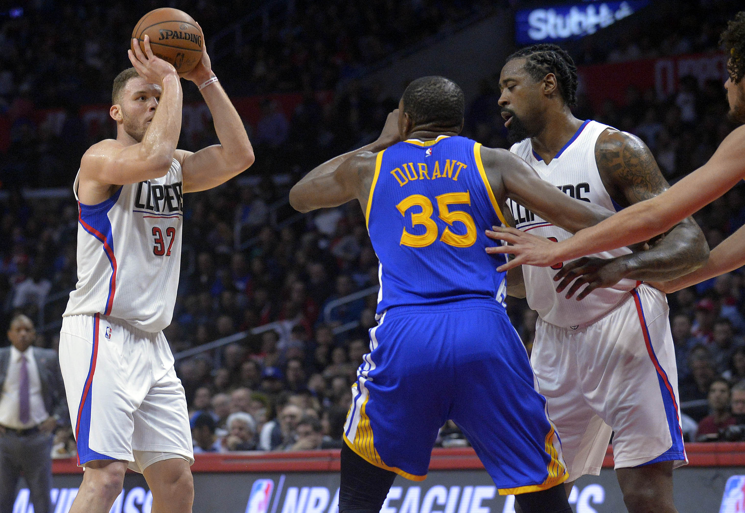9855120-nba-golden-state-warriors-at-los-angeles-clippers
