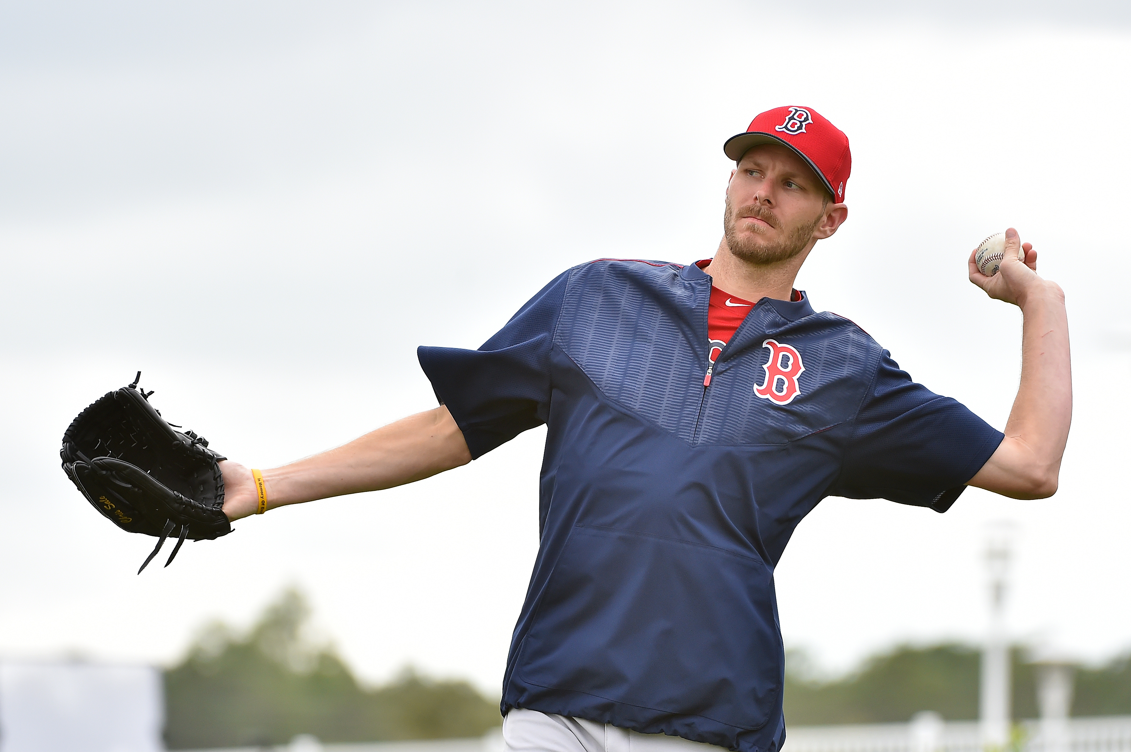 9875785-mlb-boston-red-sox-workouts
