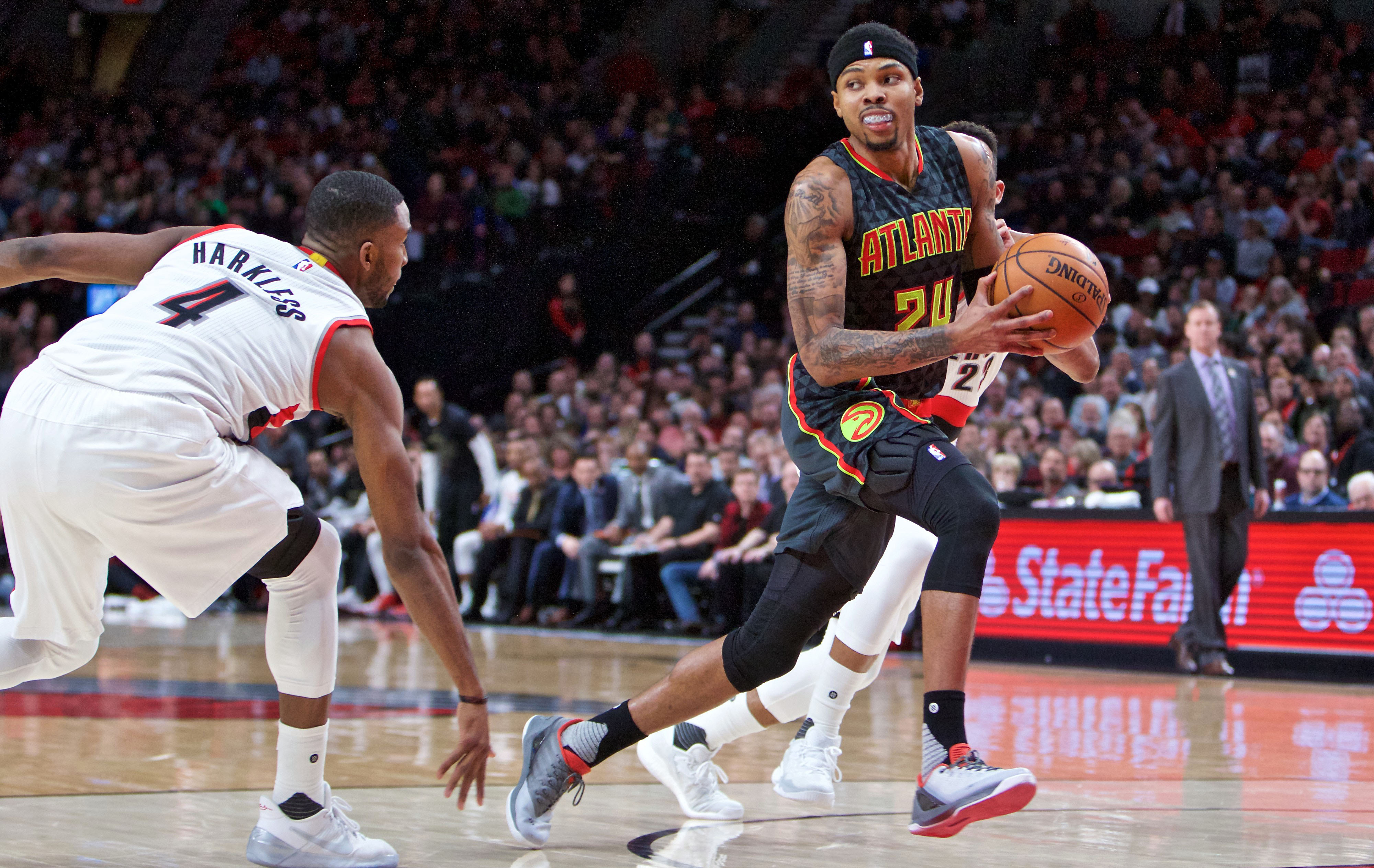 9876708-nba-atlanta-hawks-at-portland-trail-blazers