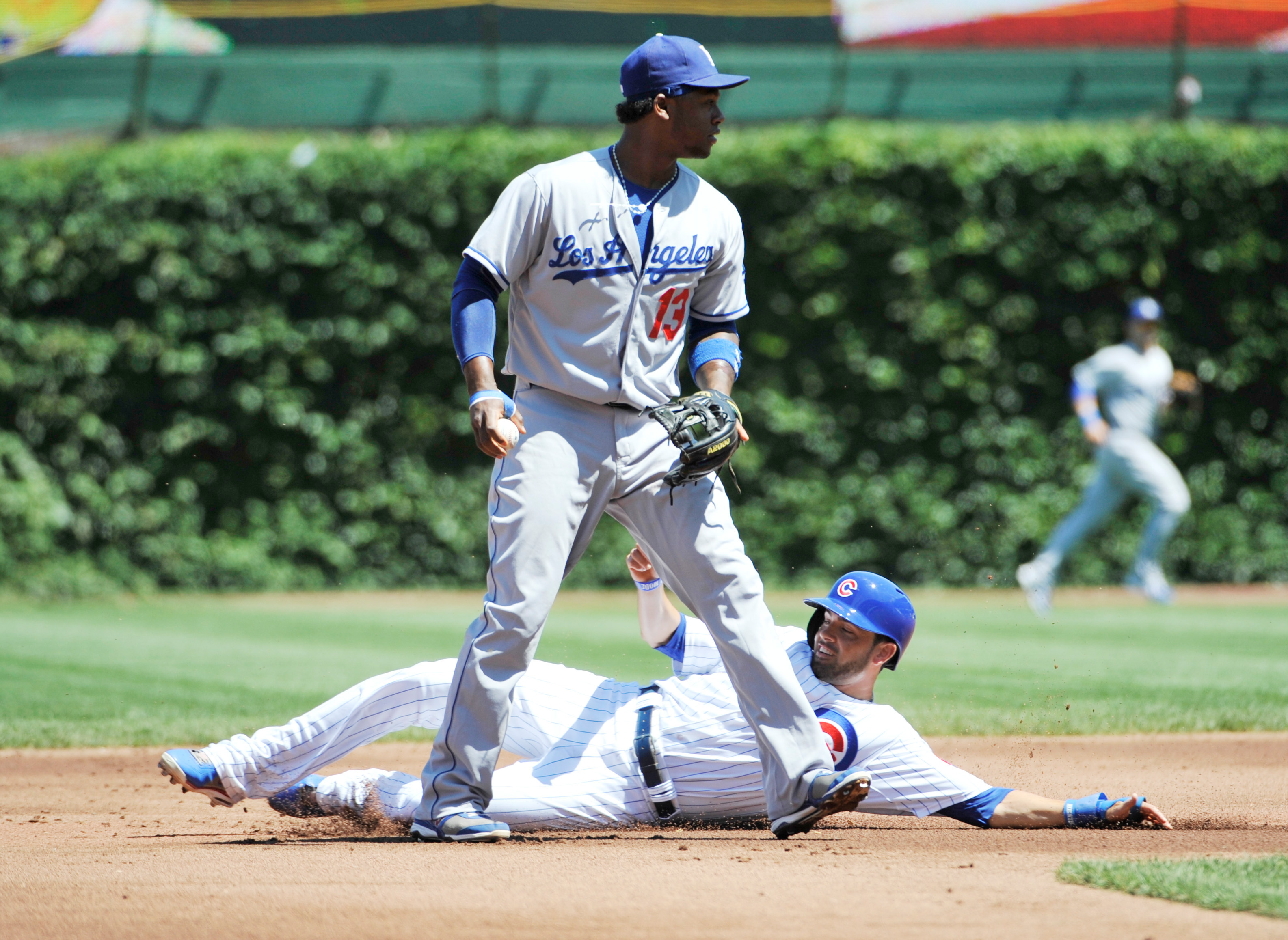 7366281-mlb-los-angeles-dodgers-at-chicago-cubs