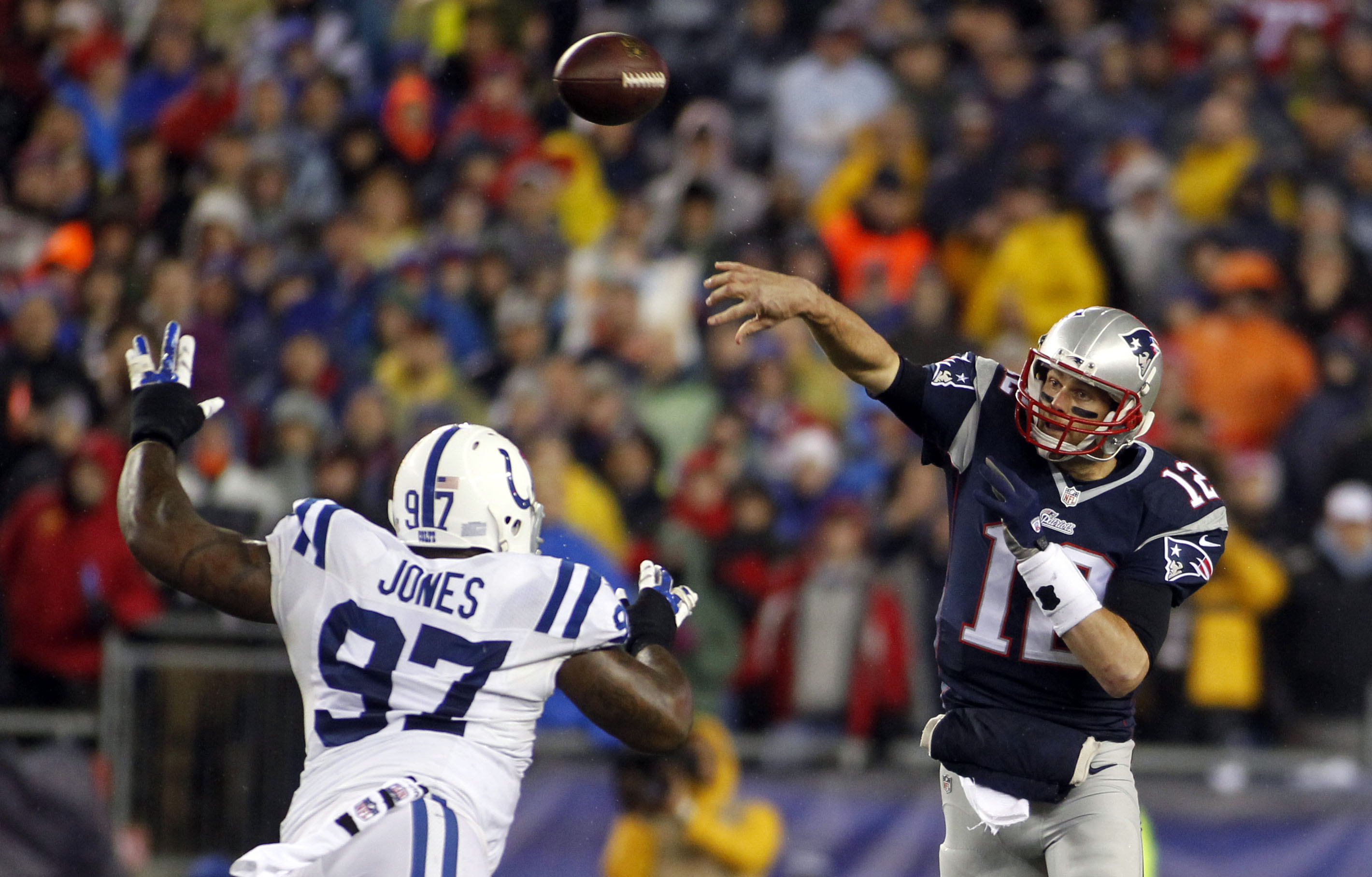 8337411-nfl-afc-championship-indianapolis-colts-at-new-england-patriots